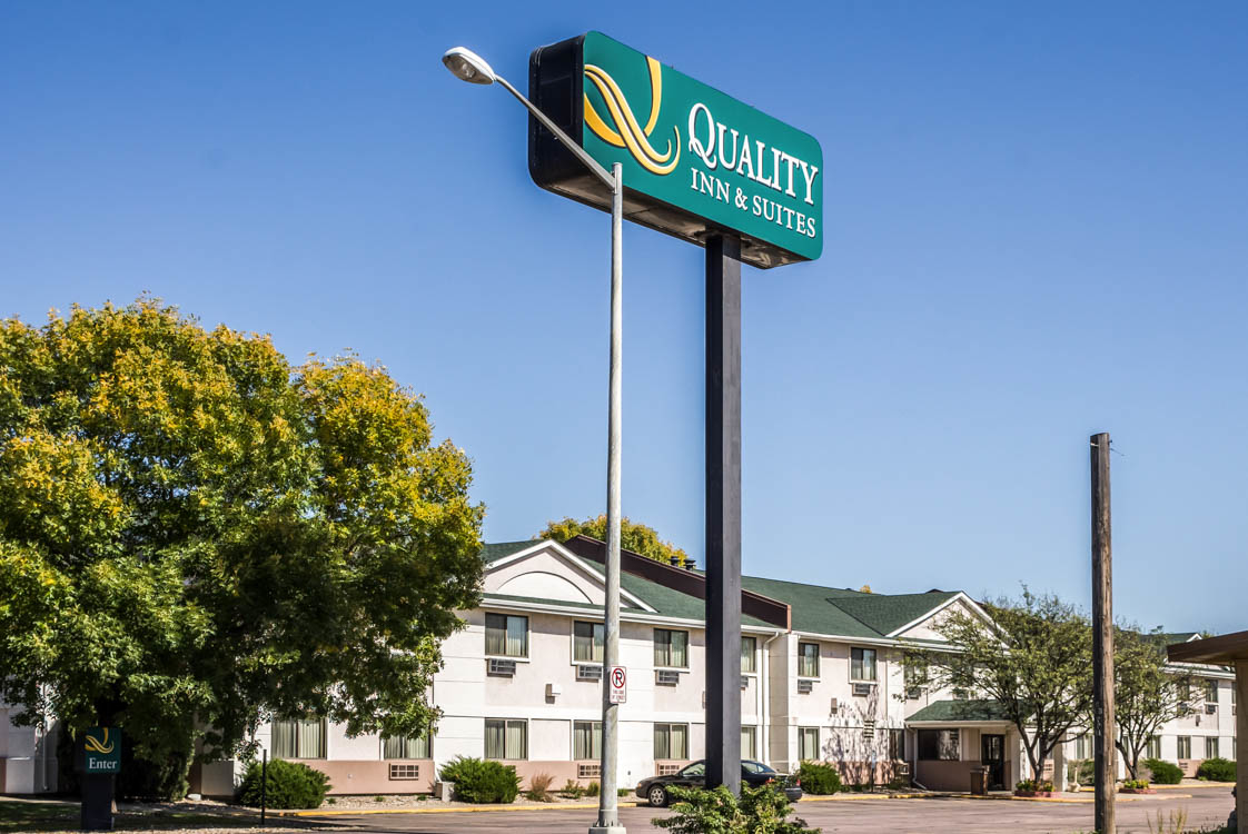 Quality Inn Amp Suites South In Whitepages