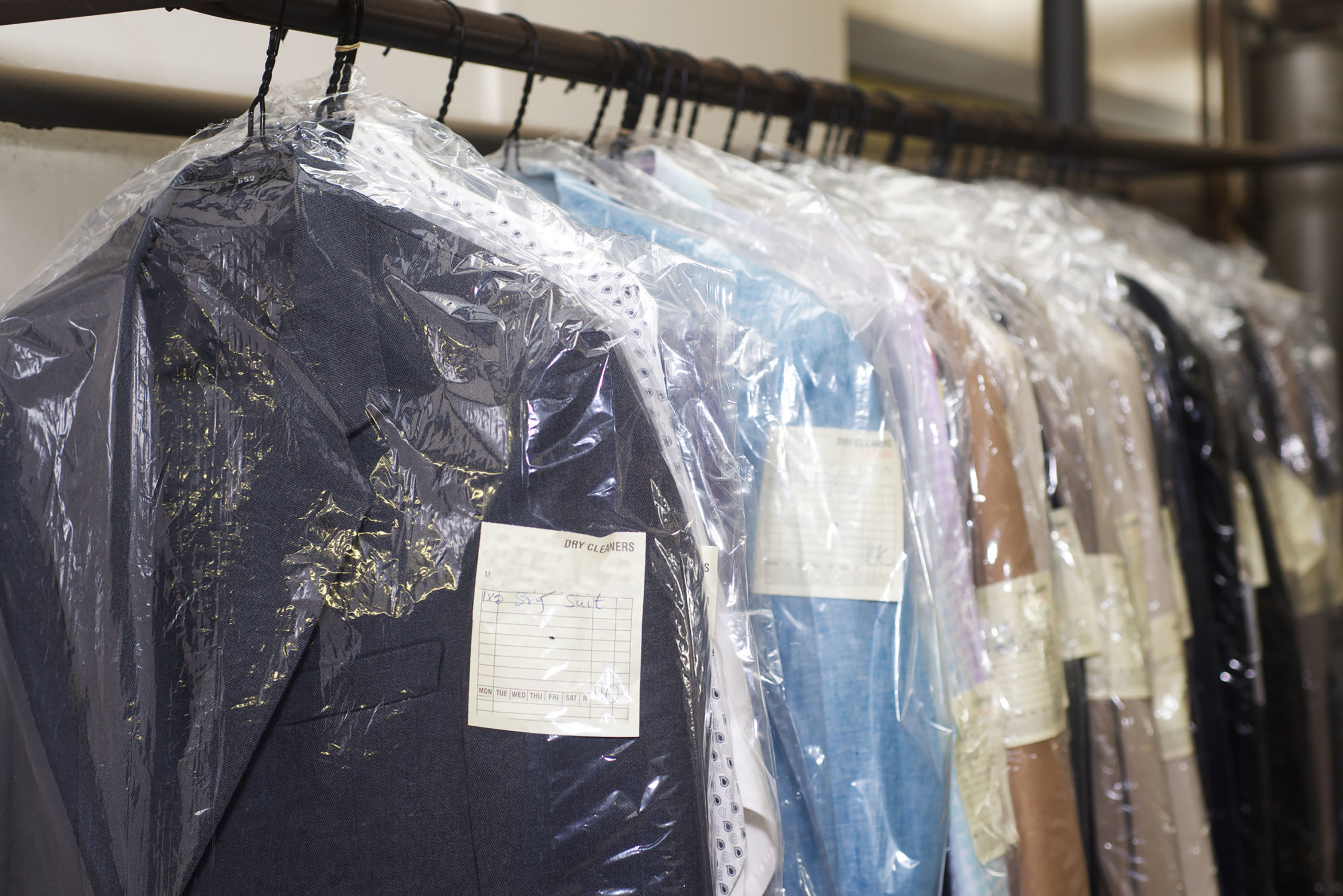 Conroe tx conroe super dry clean find conroe super dry for Wedding dress dry cleaning near me