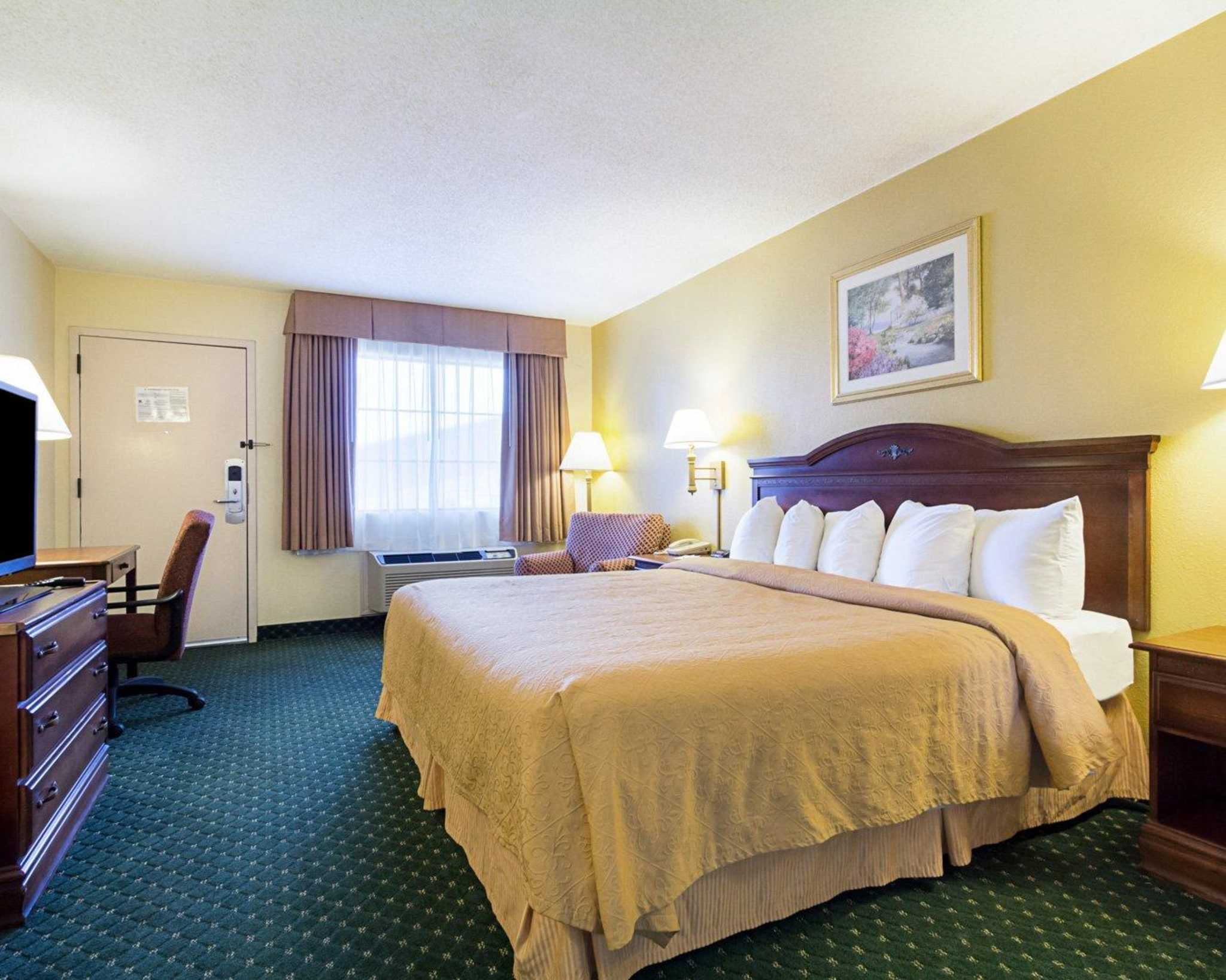 Quality Inn & Suites Southwest image 32