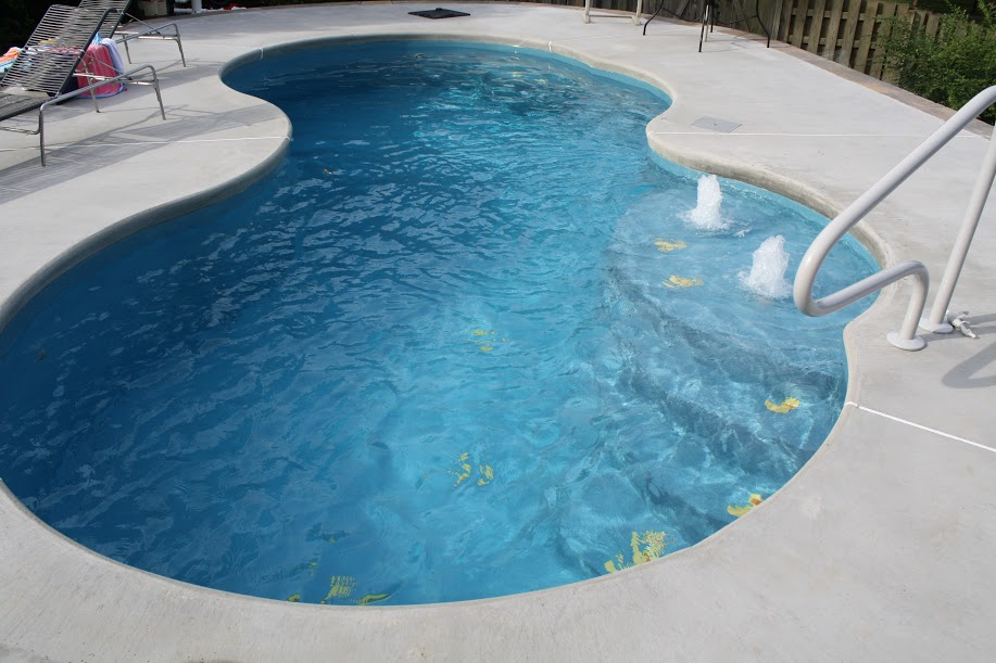 Shoals pools spas inc florence al business directory for Pool design jobs