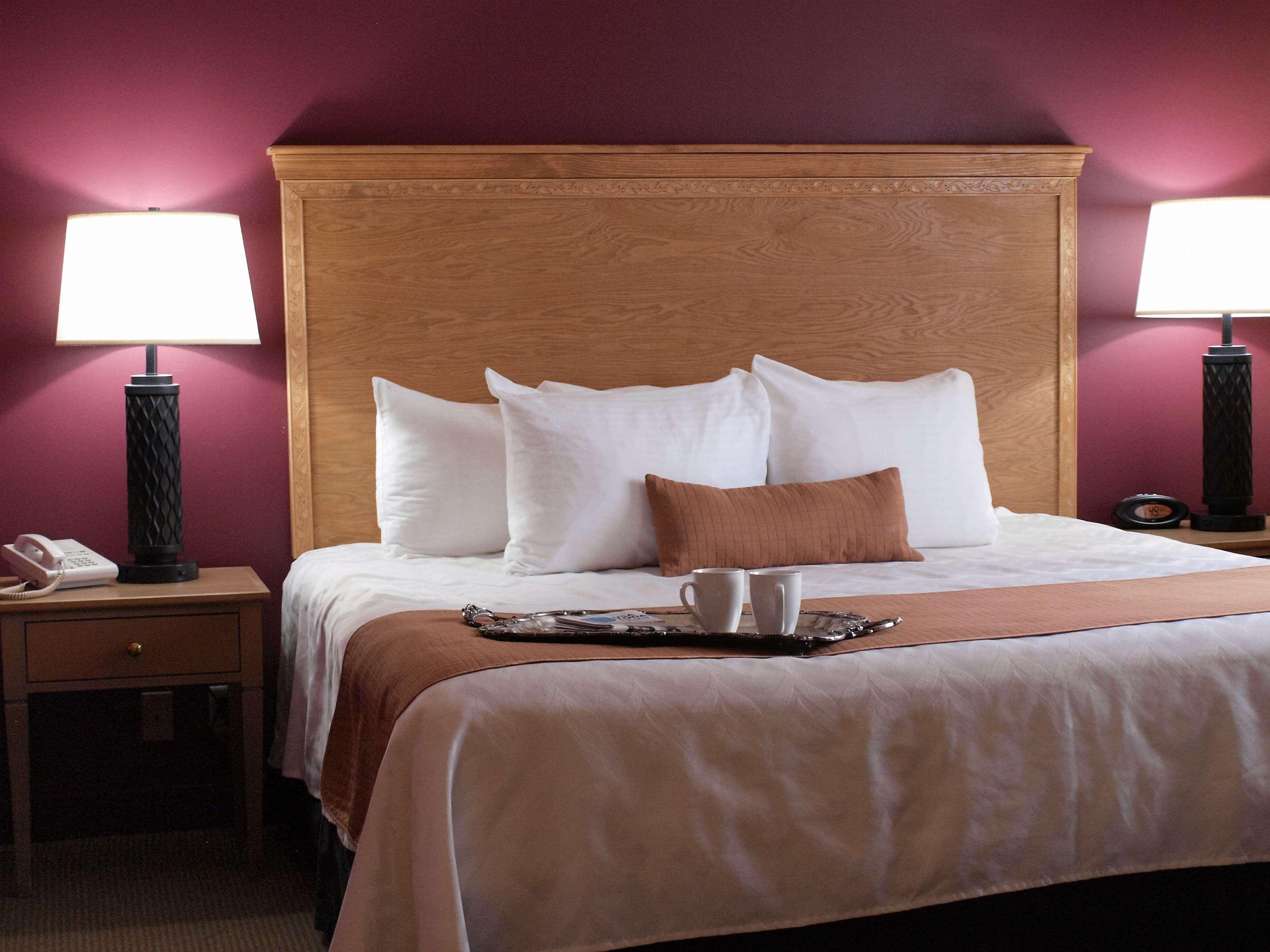 Best Western Plus Caldwell Inn & Suites image 20