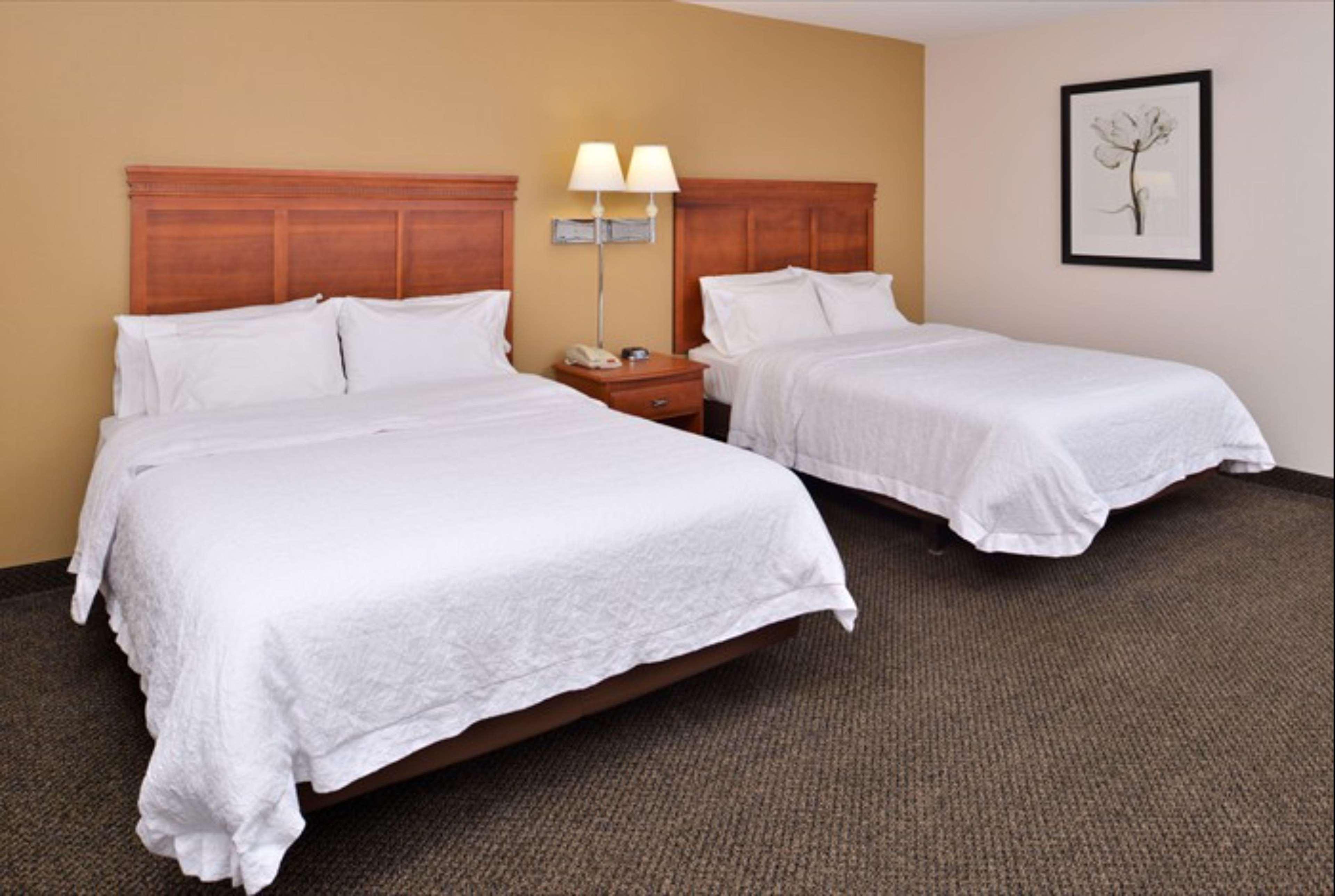 Hampton Inn & Suites Richmond image 16