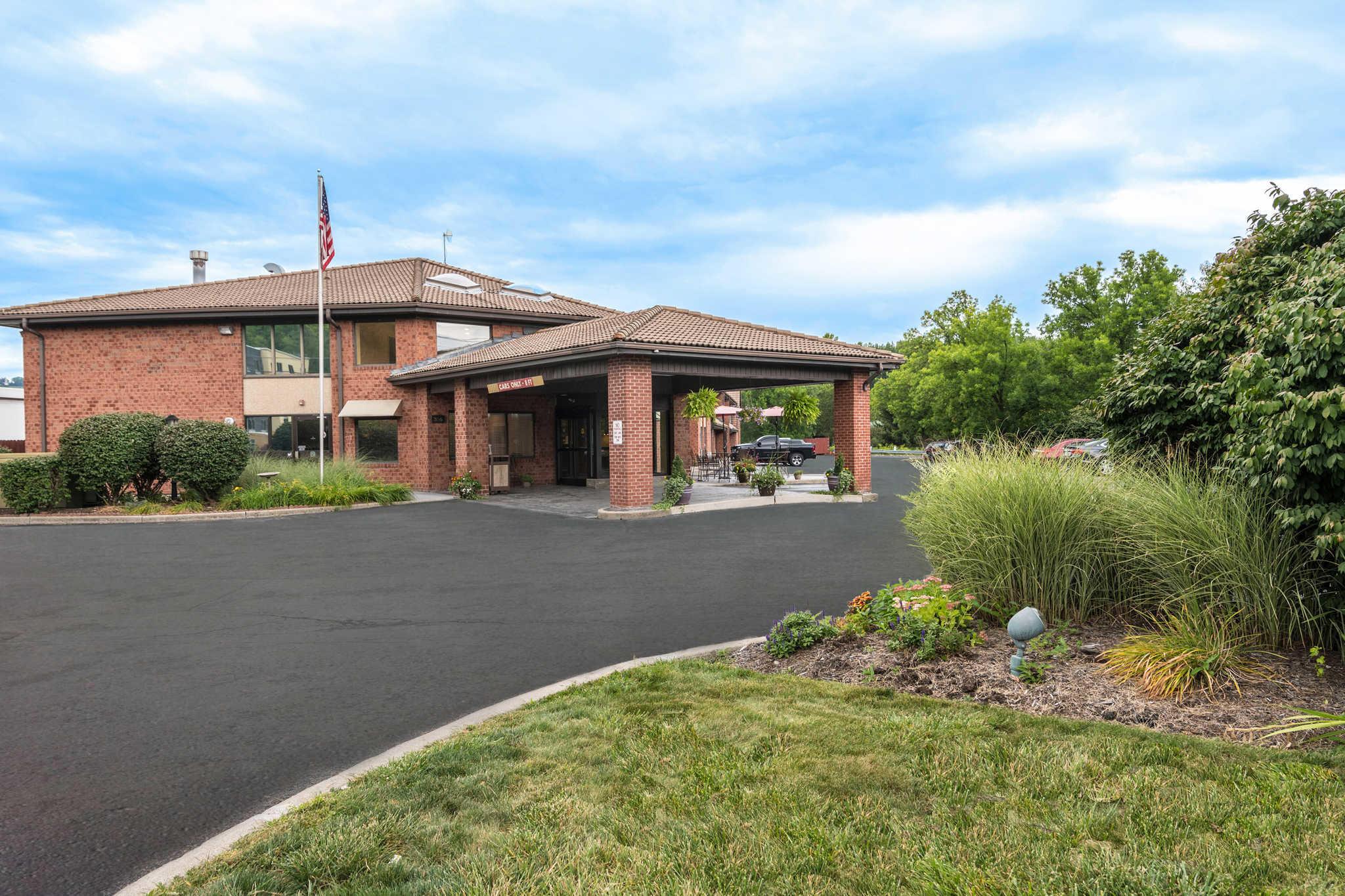 Quality Inn Ithaca - University Area image 1