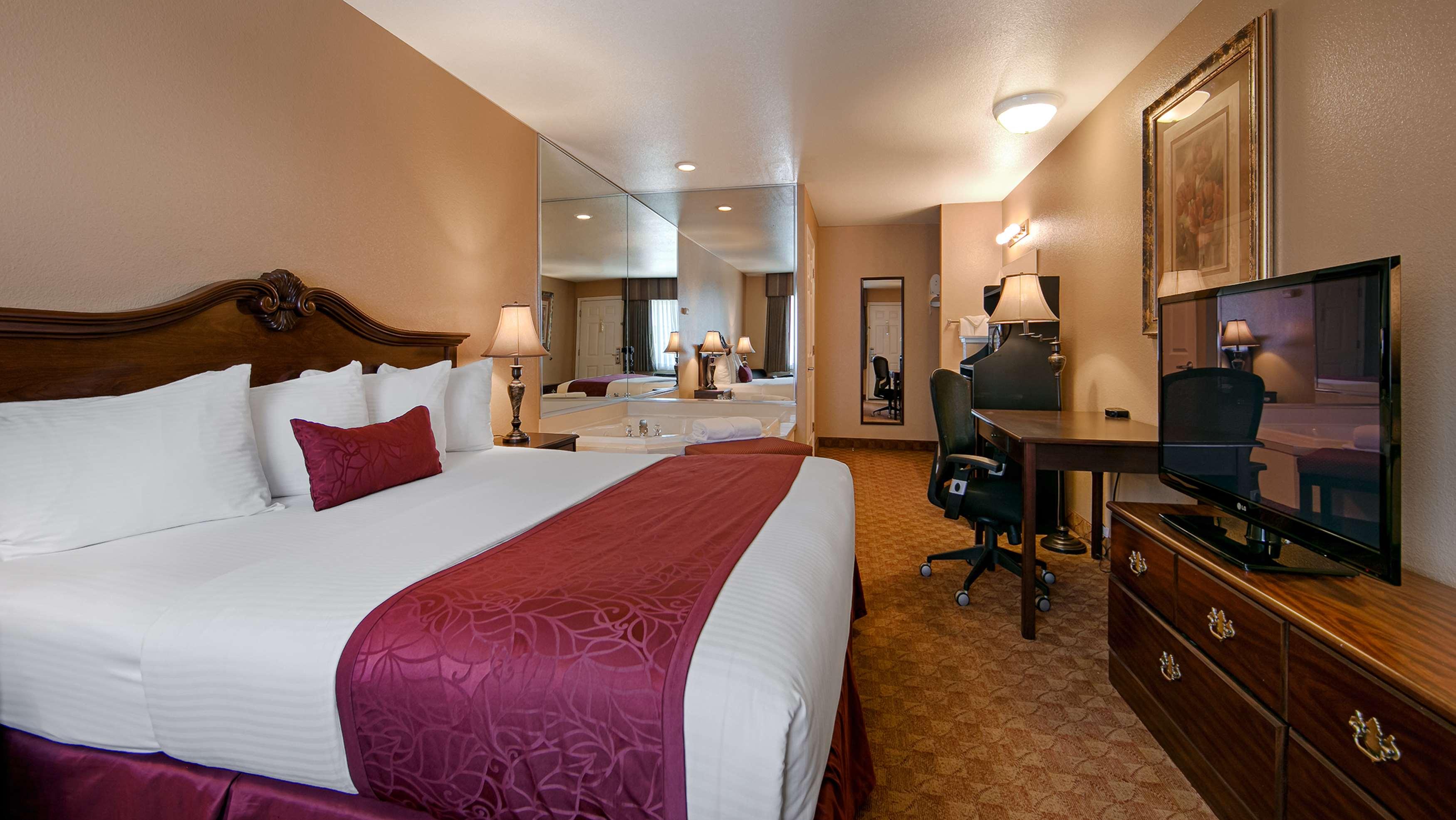 Best Western Fallon Inn & Suites image 10