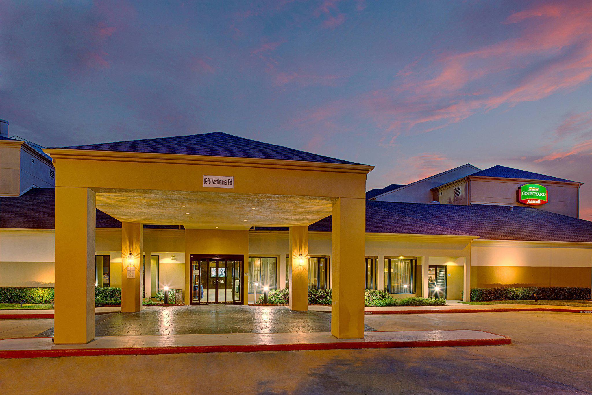 Courtyard by Marriott Houston Westchase