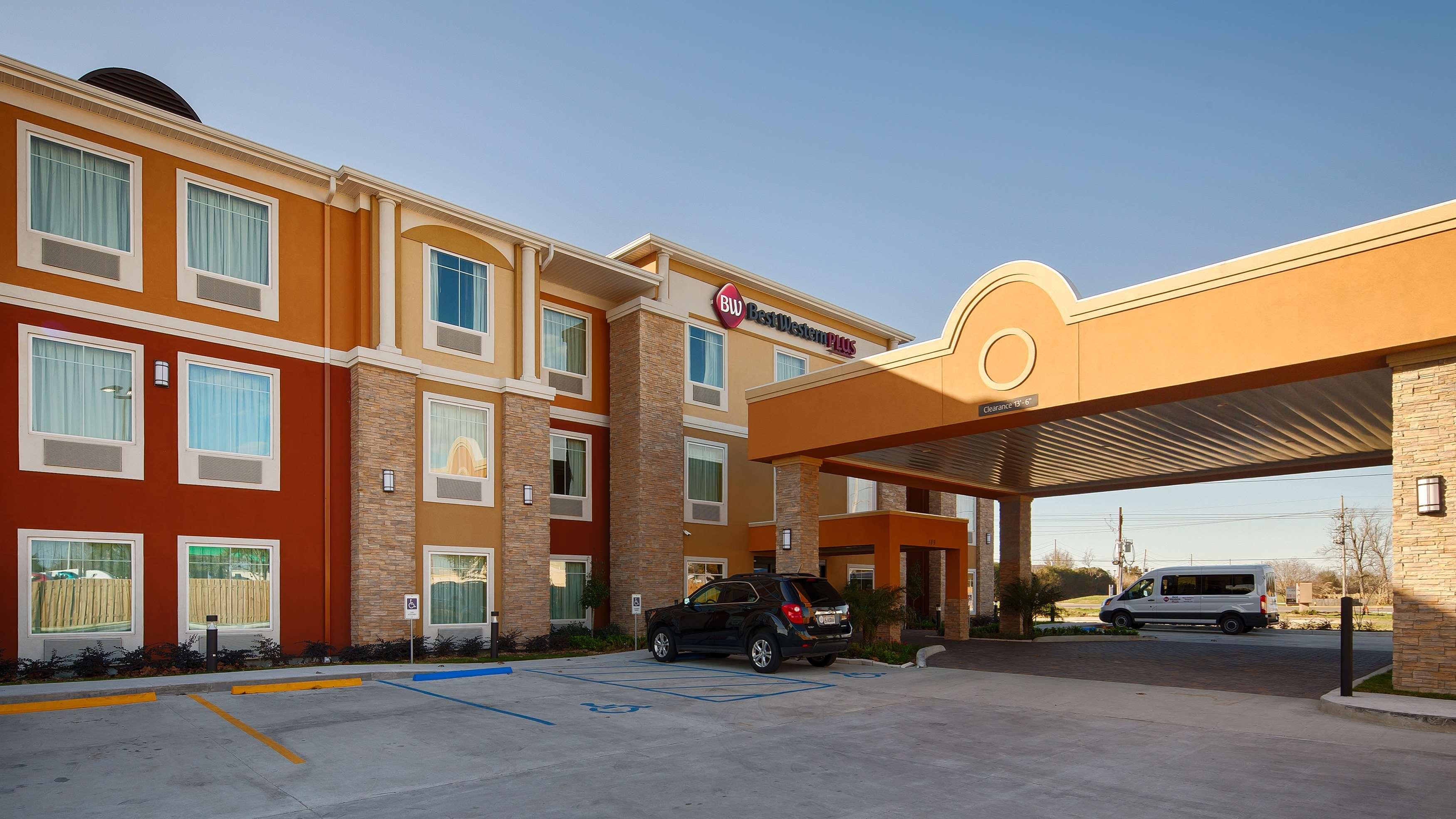 Kenner La Hotels Motels