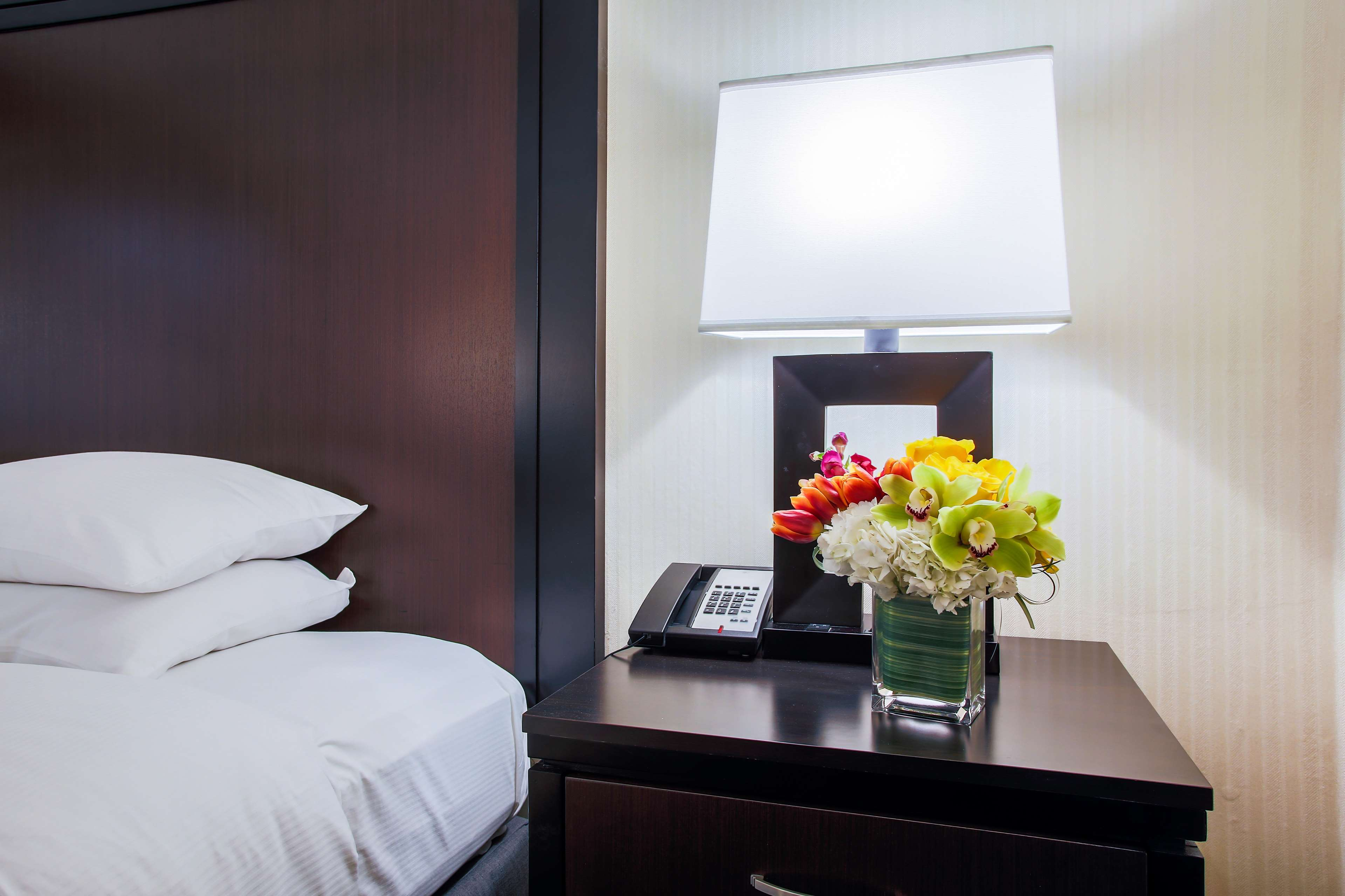DoubleTree by Hilton Hotel Chicago - Alsip image 26