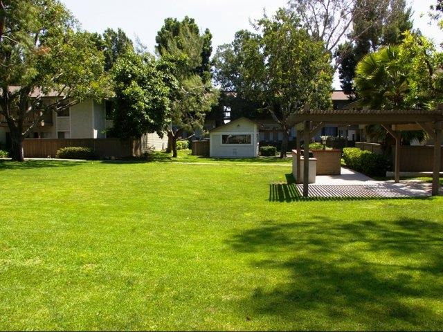 Stoneridge apartments in upland ca 91786 citysearch for Landscape rock upland ca