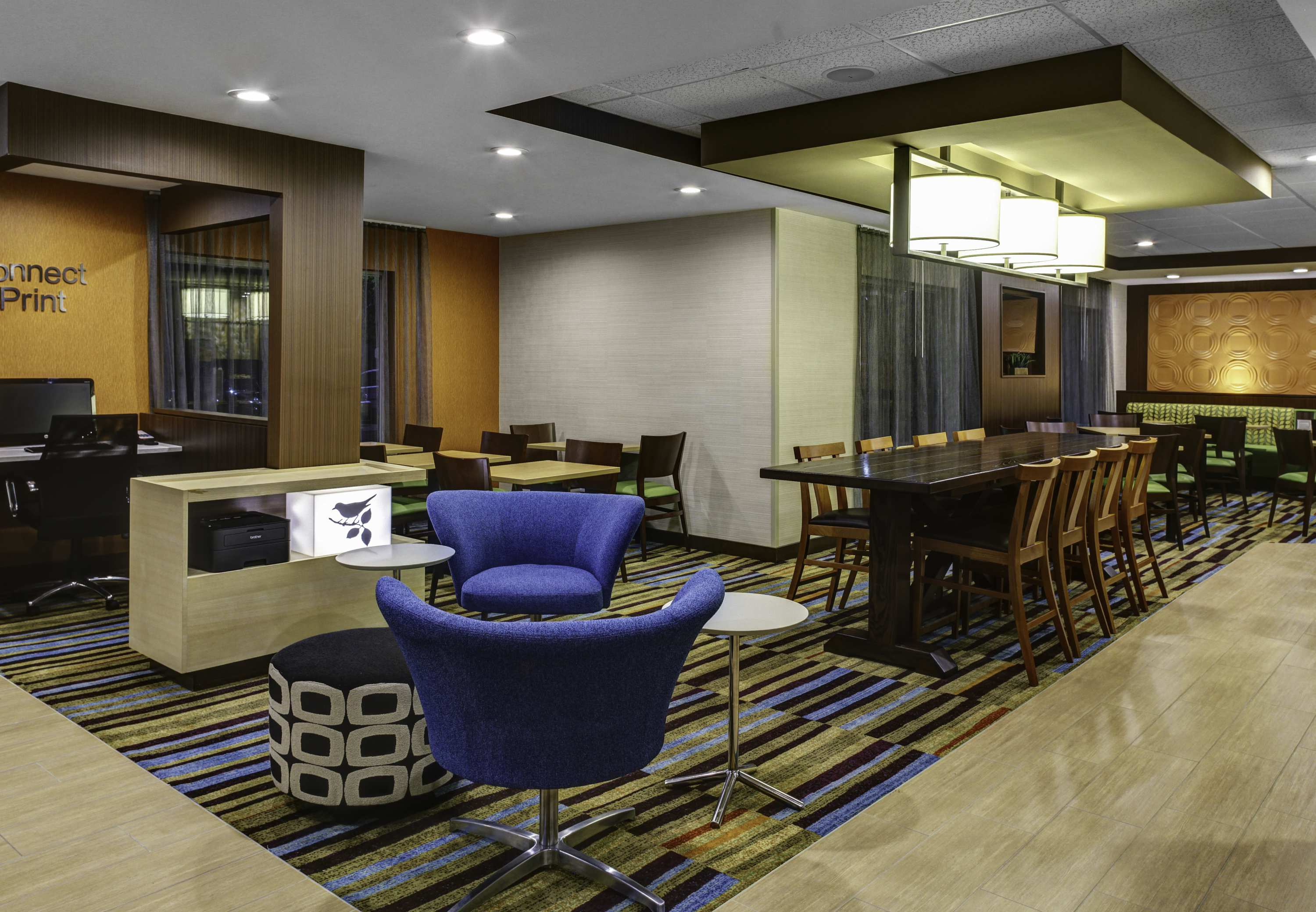 The NEWLY RENOVATED Fairfield Inn & Suites Atlanta Vinings/Galleria offers you a great night's stay at an exceptional value! Our fresh hotel is situated only minutes from the new SunTrust Park, downtown Atlanta, and its many attractions.4/5().