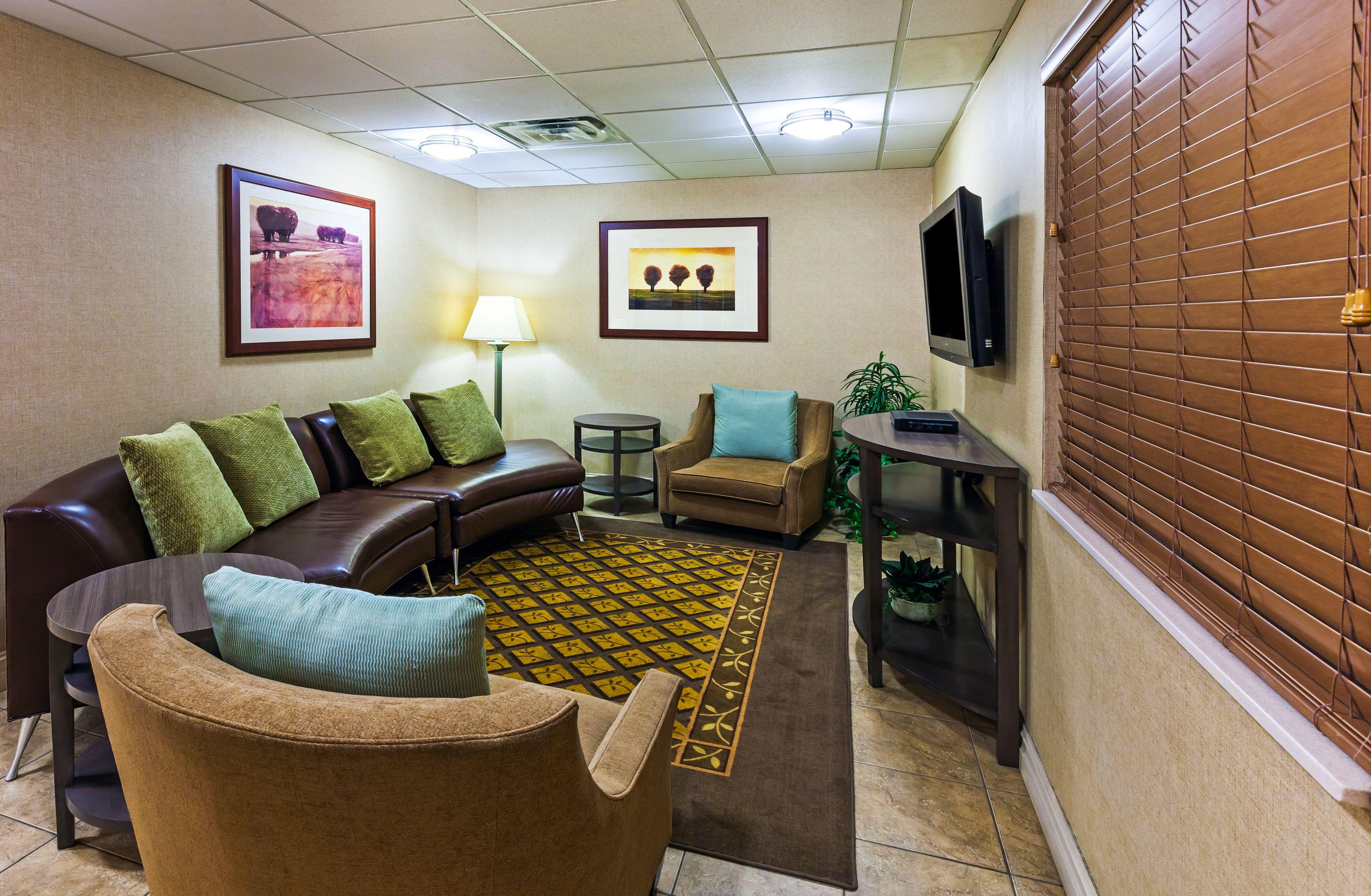 Candlewood Suites Owasso image 3
