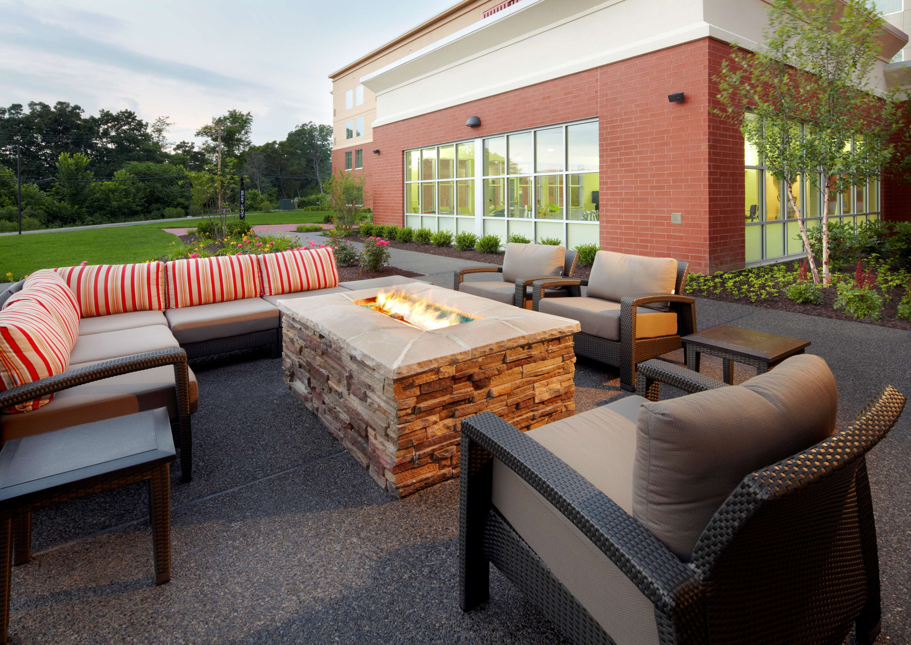 Homewood Suites by Hilton Pittsburgh Airport Robinson Mall Area PA image 3