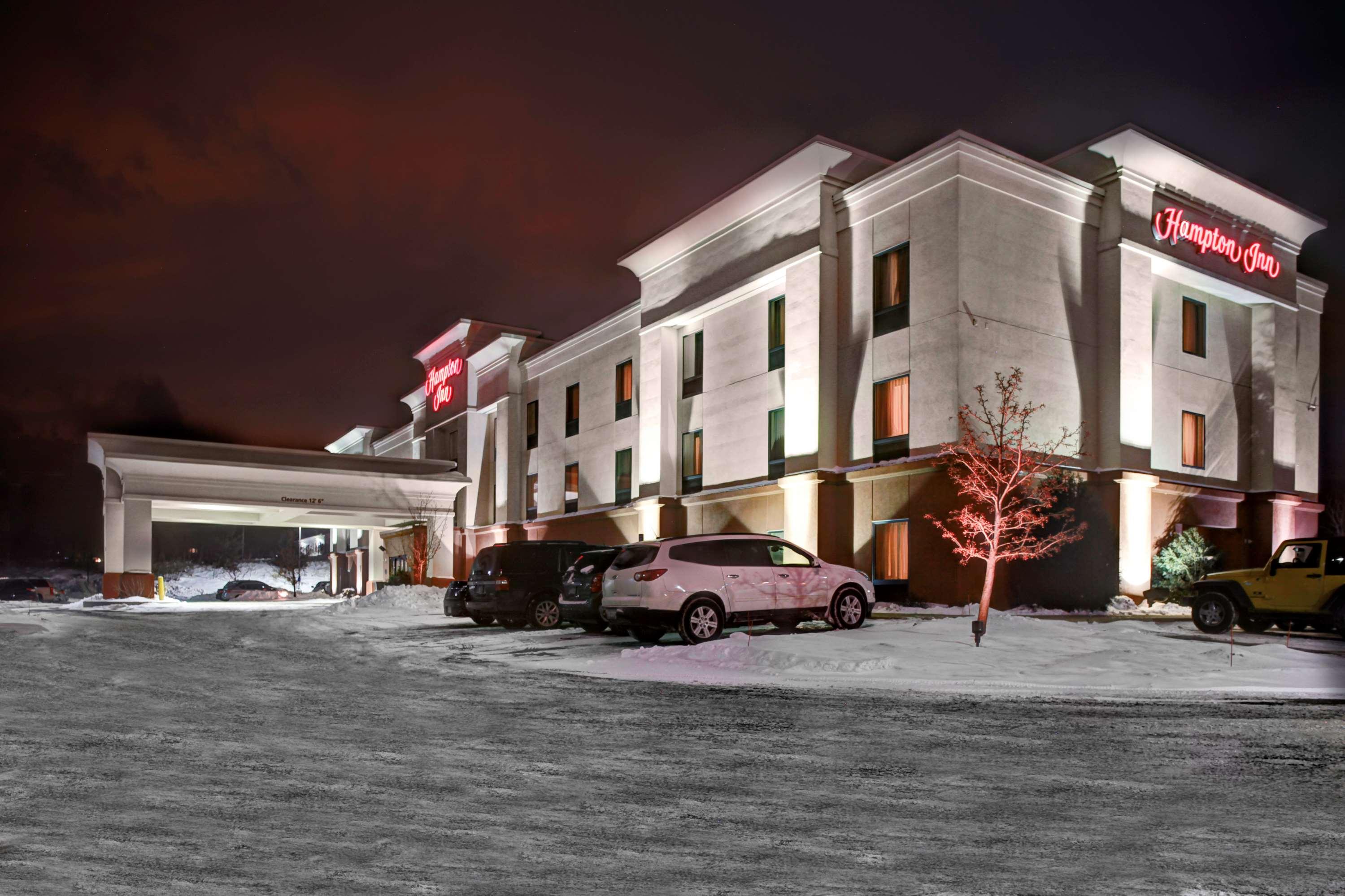 Hampton Inn Coldwater image 2