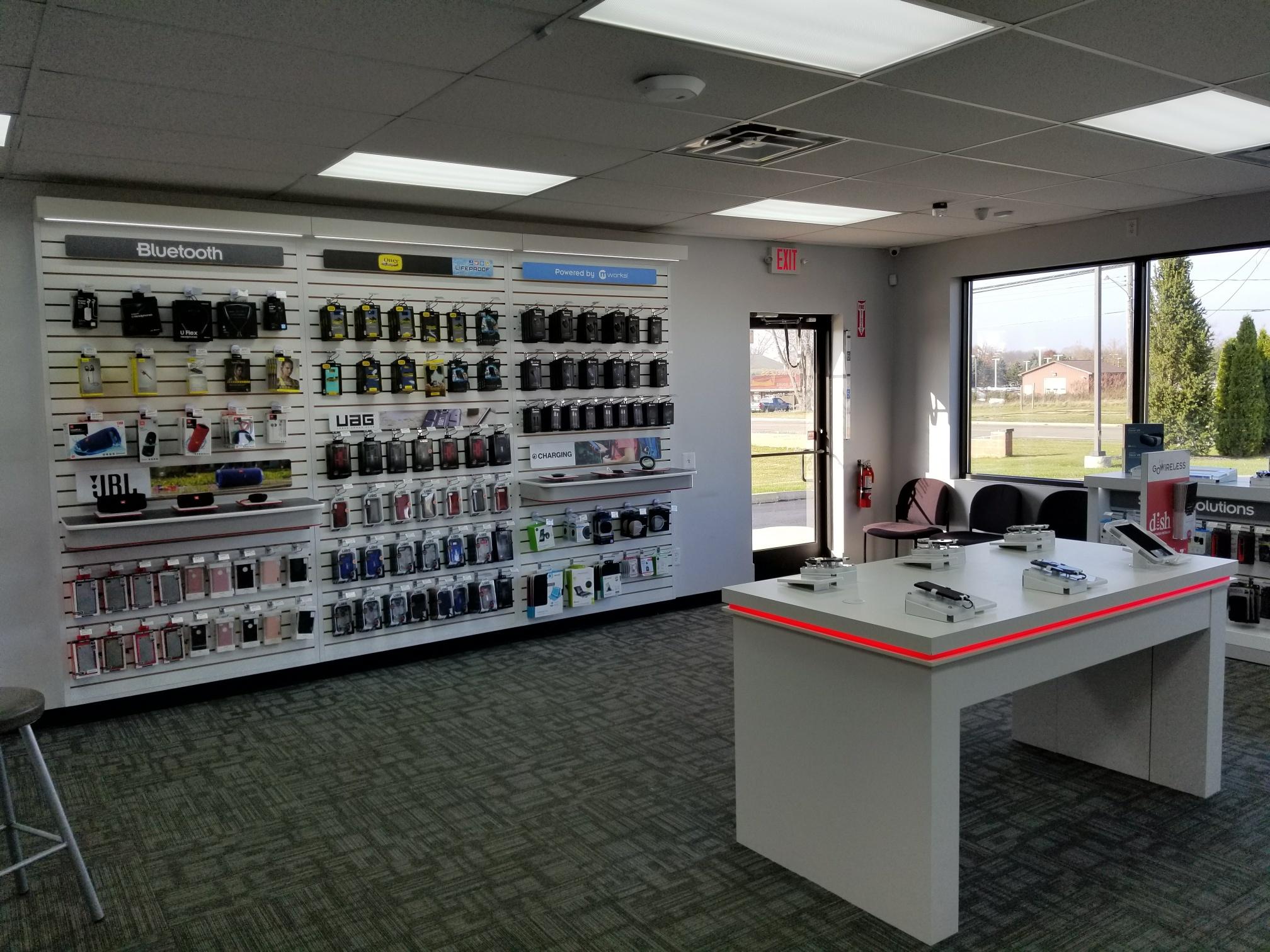 Verizon Authorized Retailer – GoWireless image 11