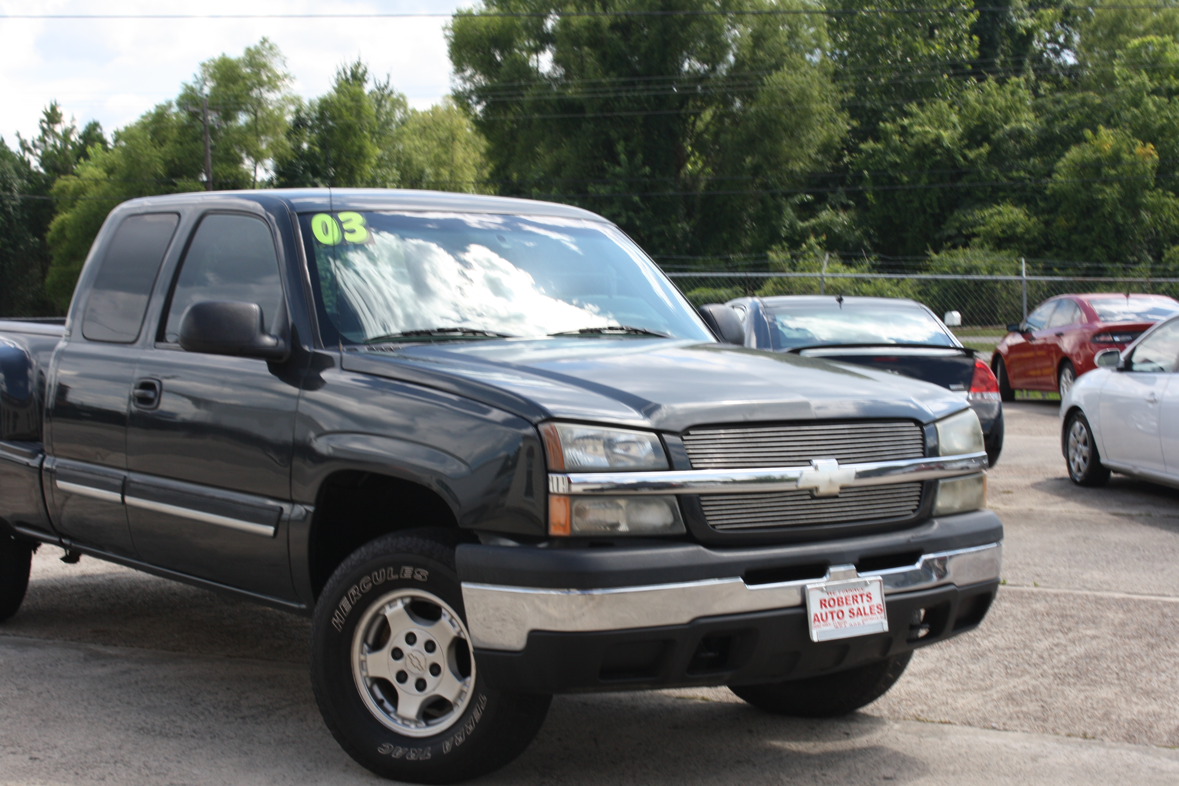 Roberts Auto Sales image 6