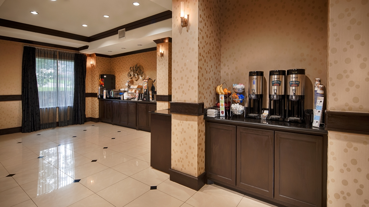 Best Western Plus DFW Airport West Euless image 11