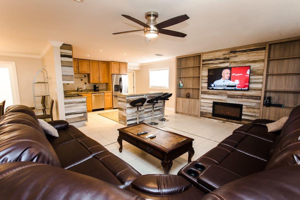 HVR Vacation  Hollywood - Florida home rentals image 4