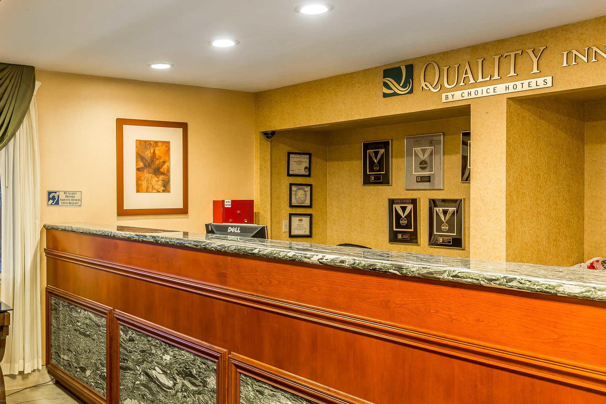 Quality Inn Near China Lake Naval Station image 8