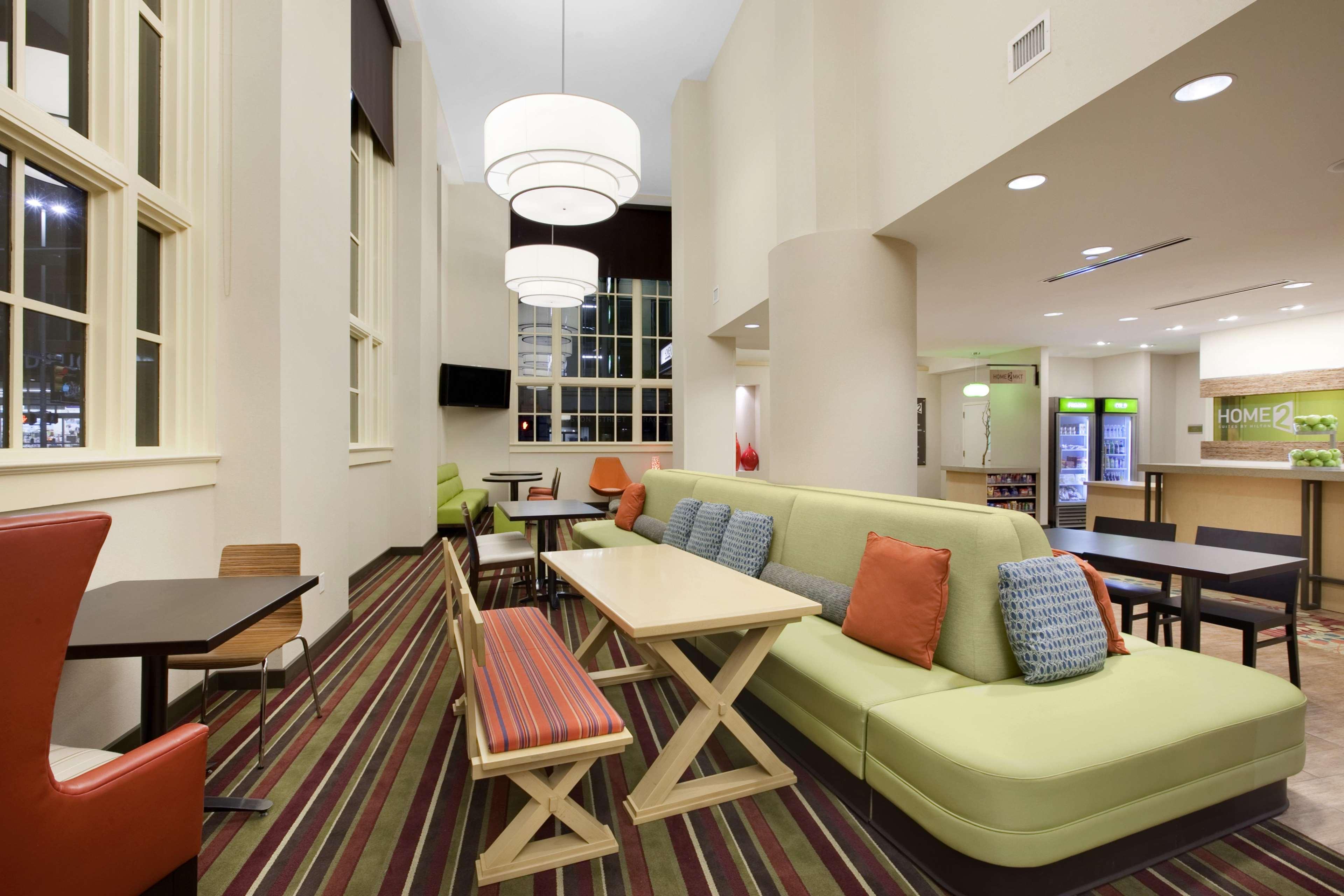 Home2 Suites by Hilton San Antonio Downtown - Riverwalk, TX