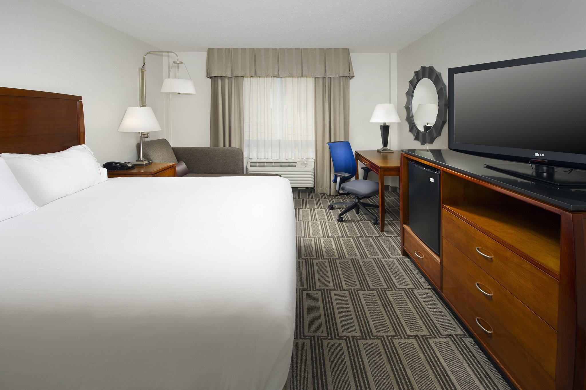 Holiday Inn Express Baltimore at the Stadiums in Baltimore, MD, photo #7