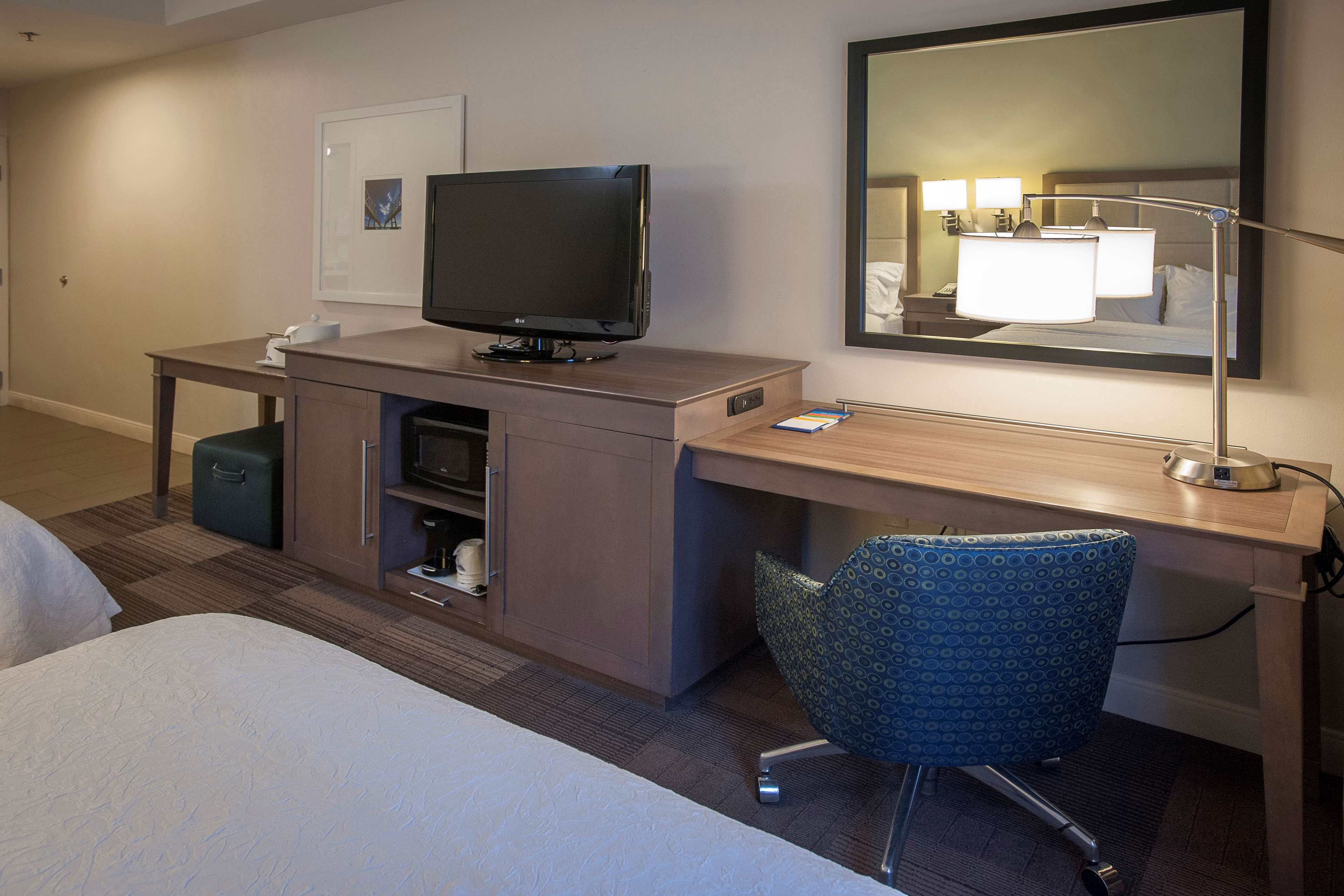 Hampton Inn & Suites New Orleans-Elmwood/Clearview Parkway Area image 26