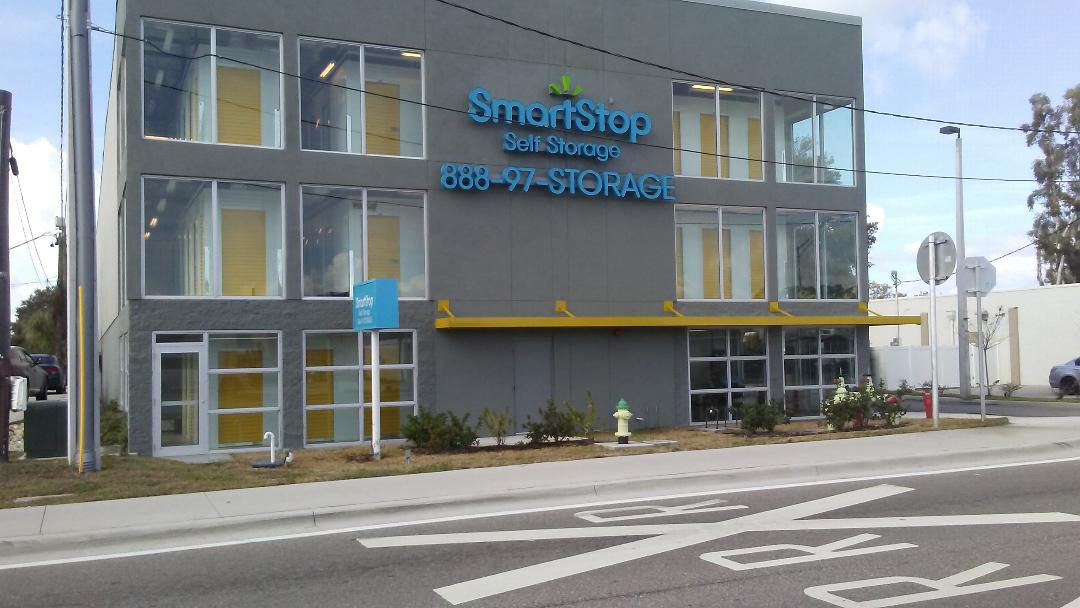 SmartStop Self Storage image 6
