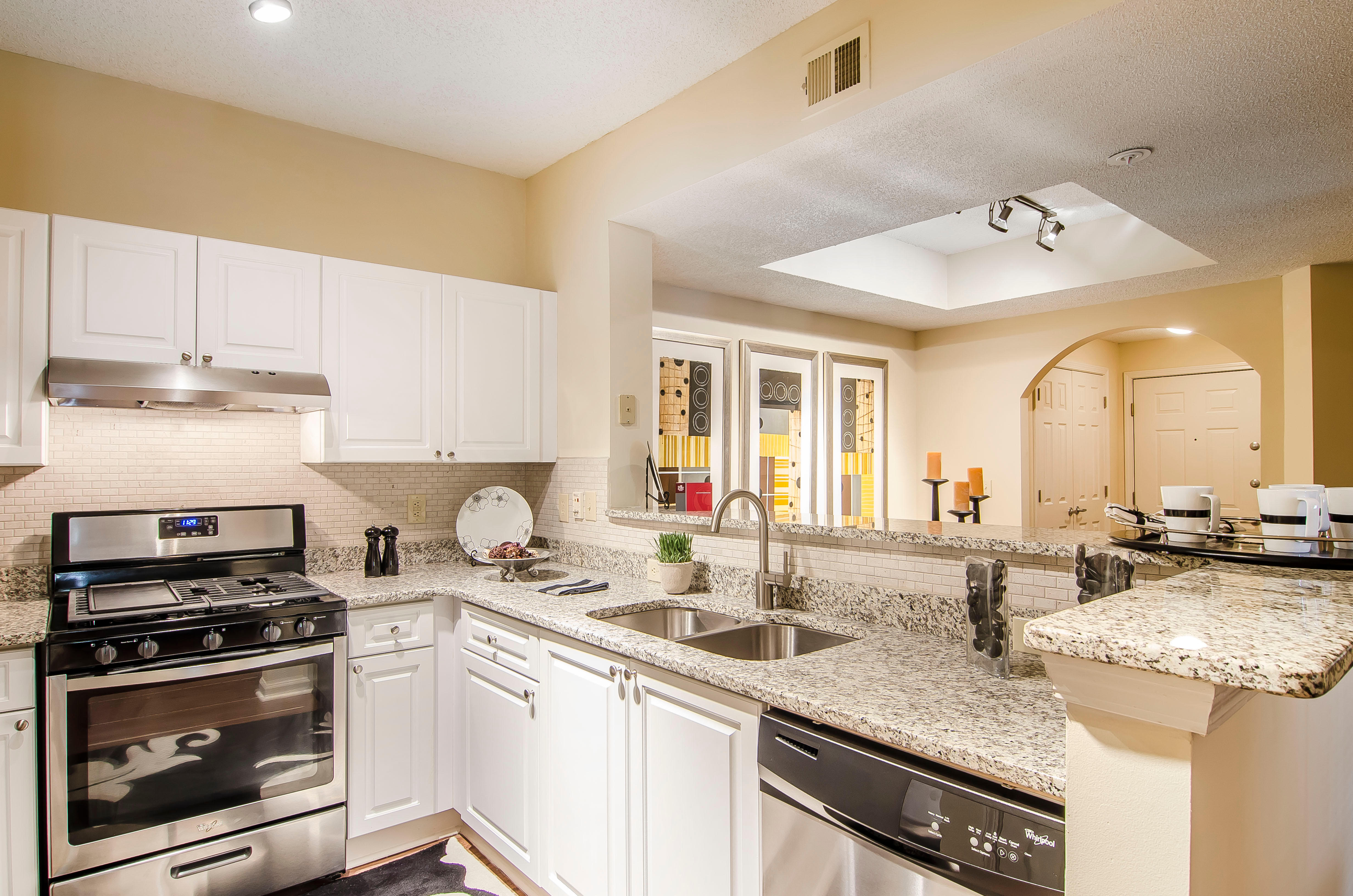 The Pointe at Collier Hills image 8