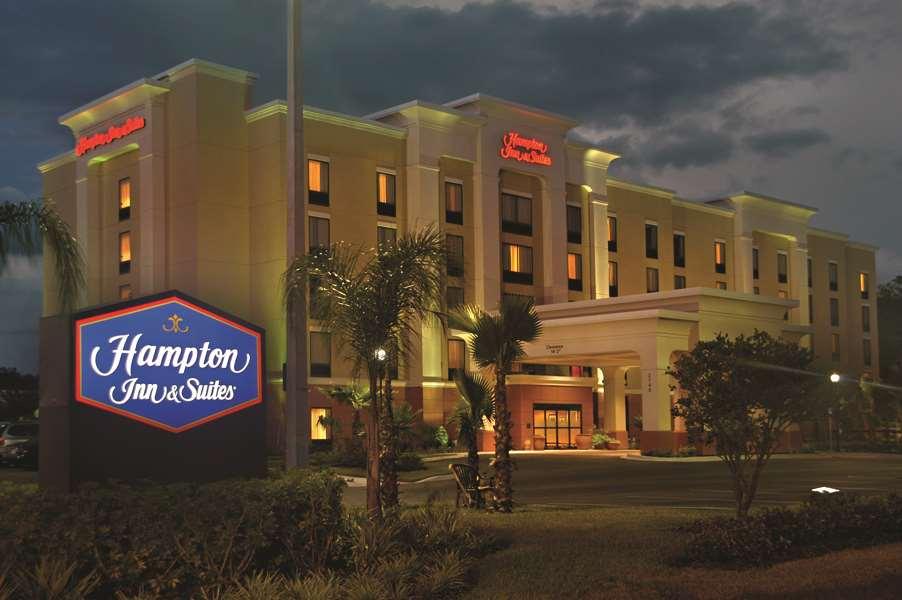 Hampton Inn & Suites Tampa-Wesley Chapel image 2
