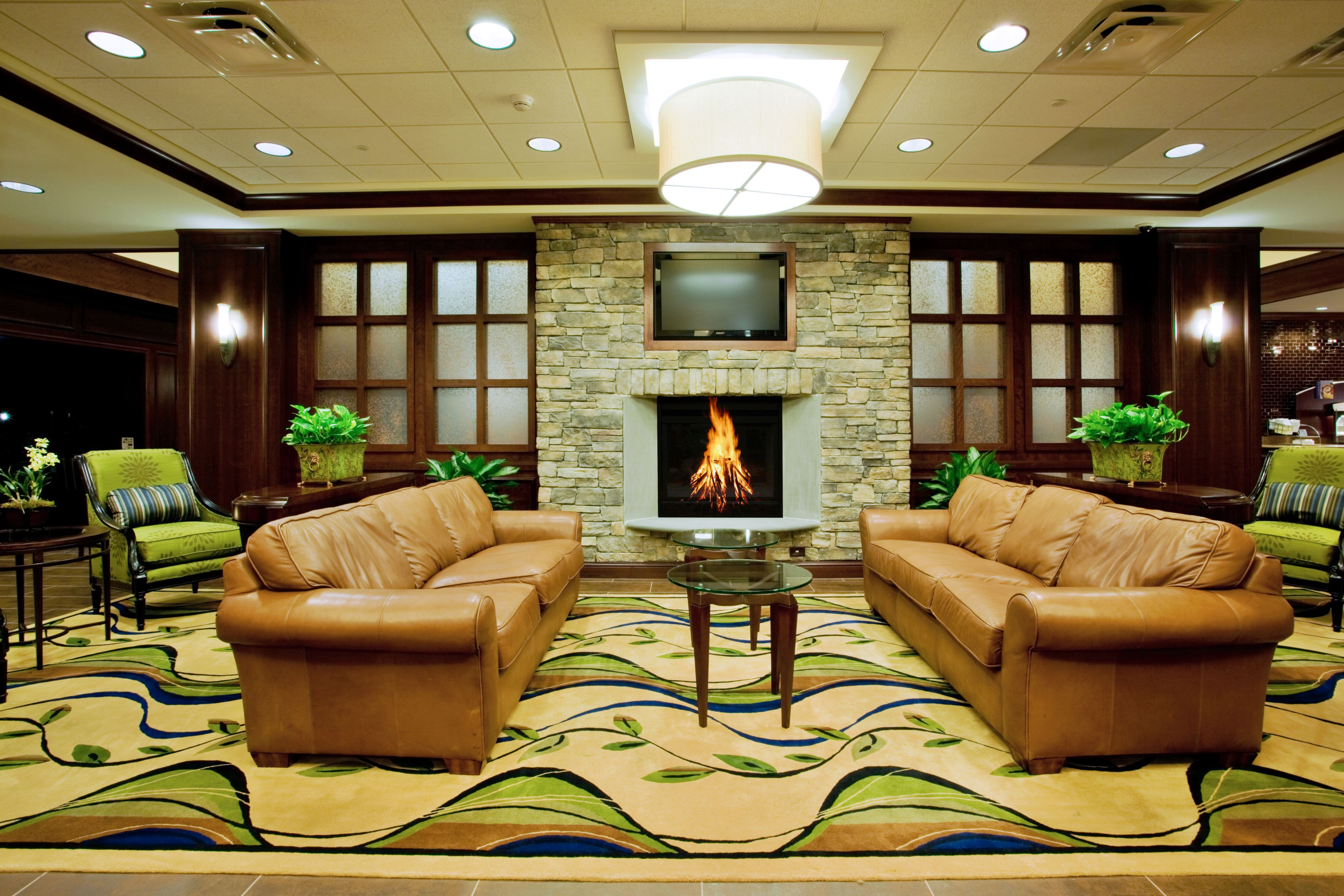 Holiday Inn Express & Suites Wilmington-Newark image 4