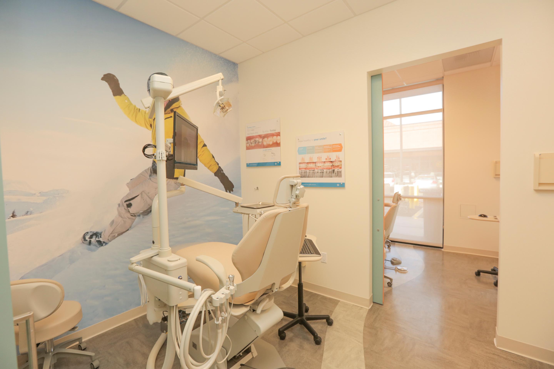 Jantzen Beach Modern Dentistry image 7