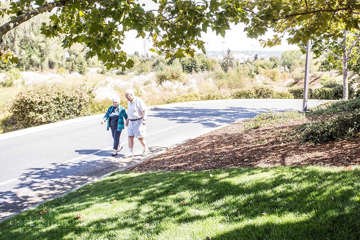Creekside Oaks Retirement Community image 3
