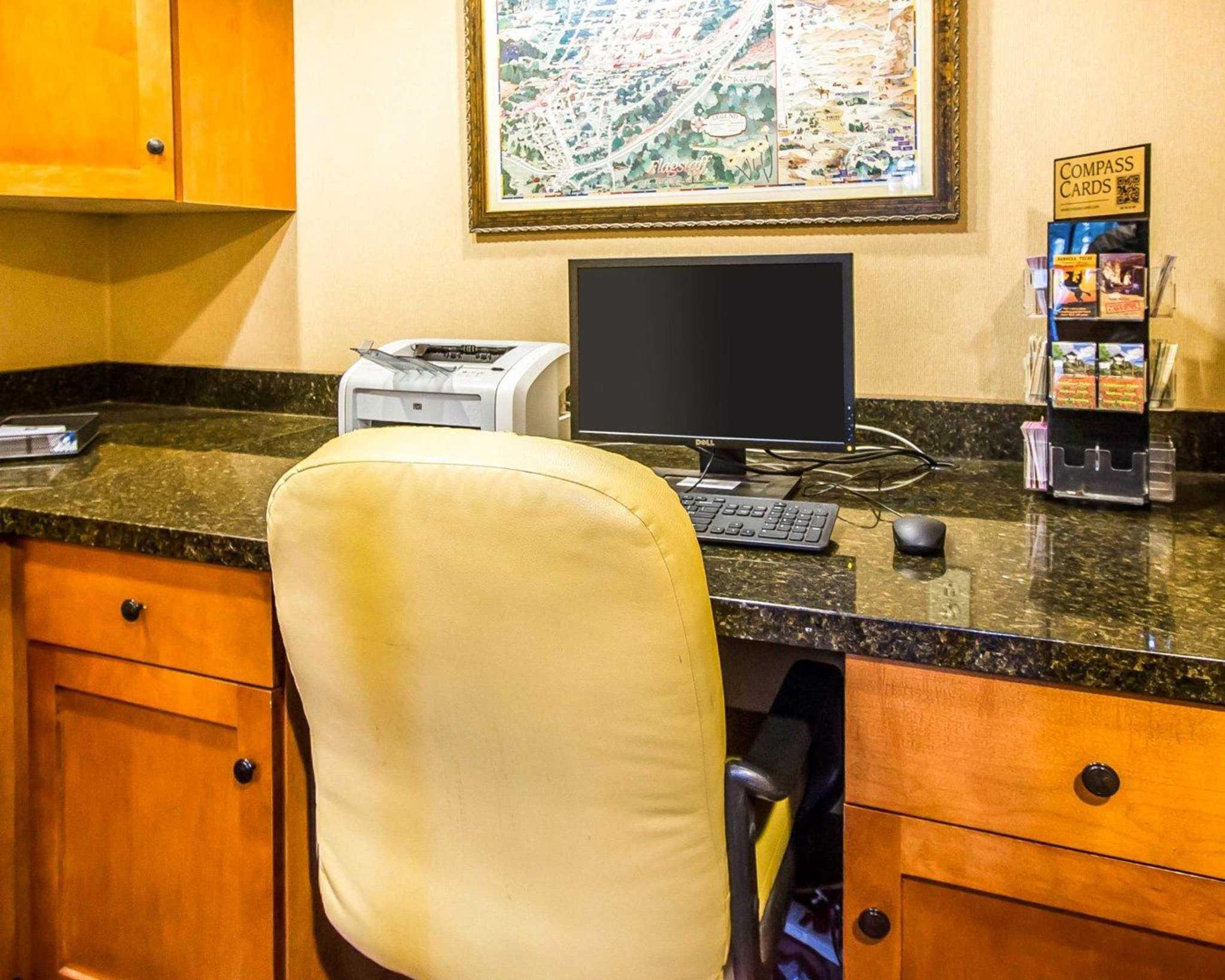 Comfort Inn I-17 & I-40 image 32