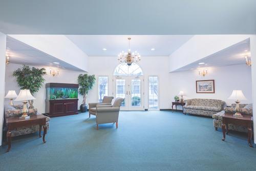 Aurora Manor Special Care Centre image 9