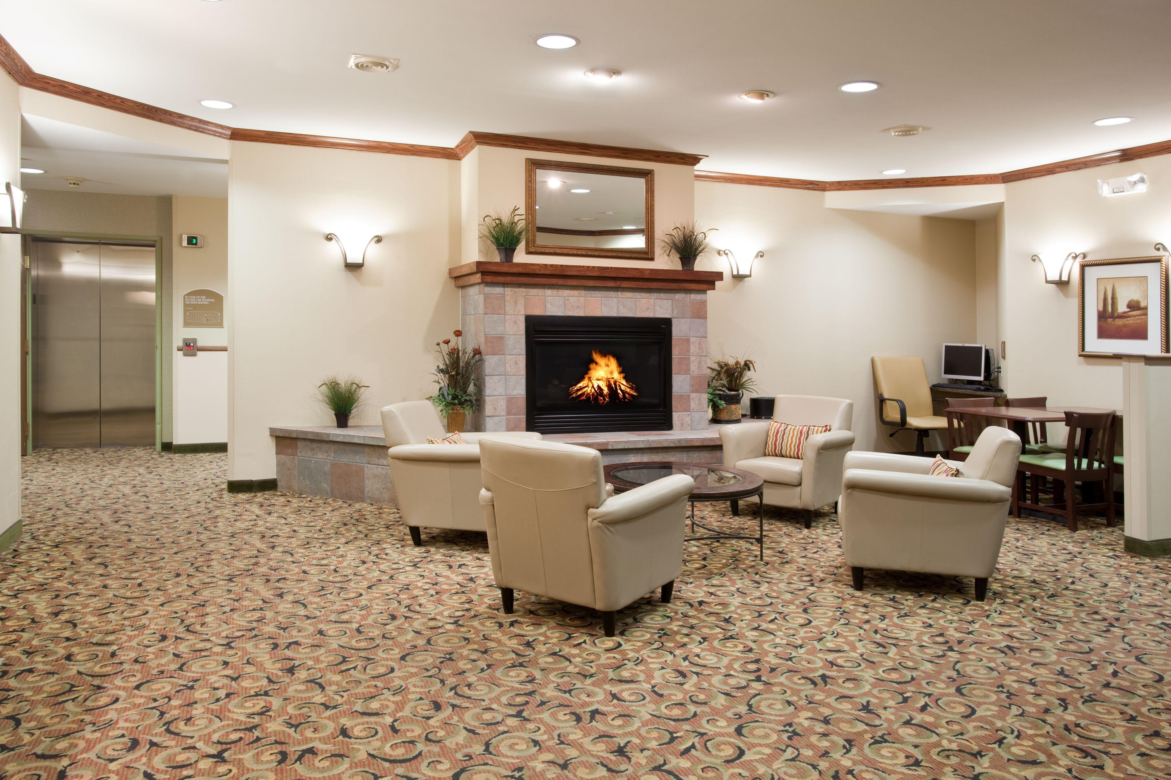 Holiday Inn Express Glenwood Springs (Aspen Area) image 4