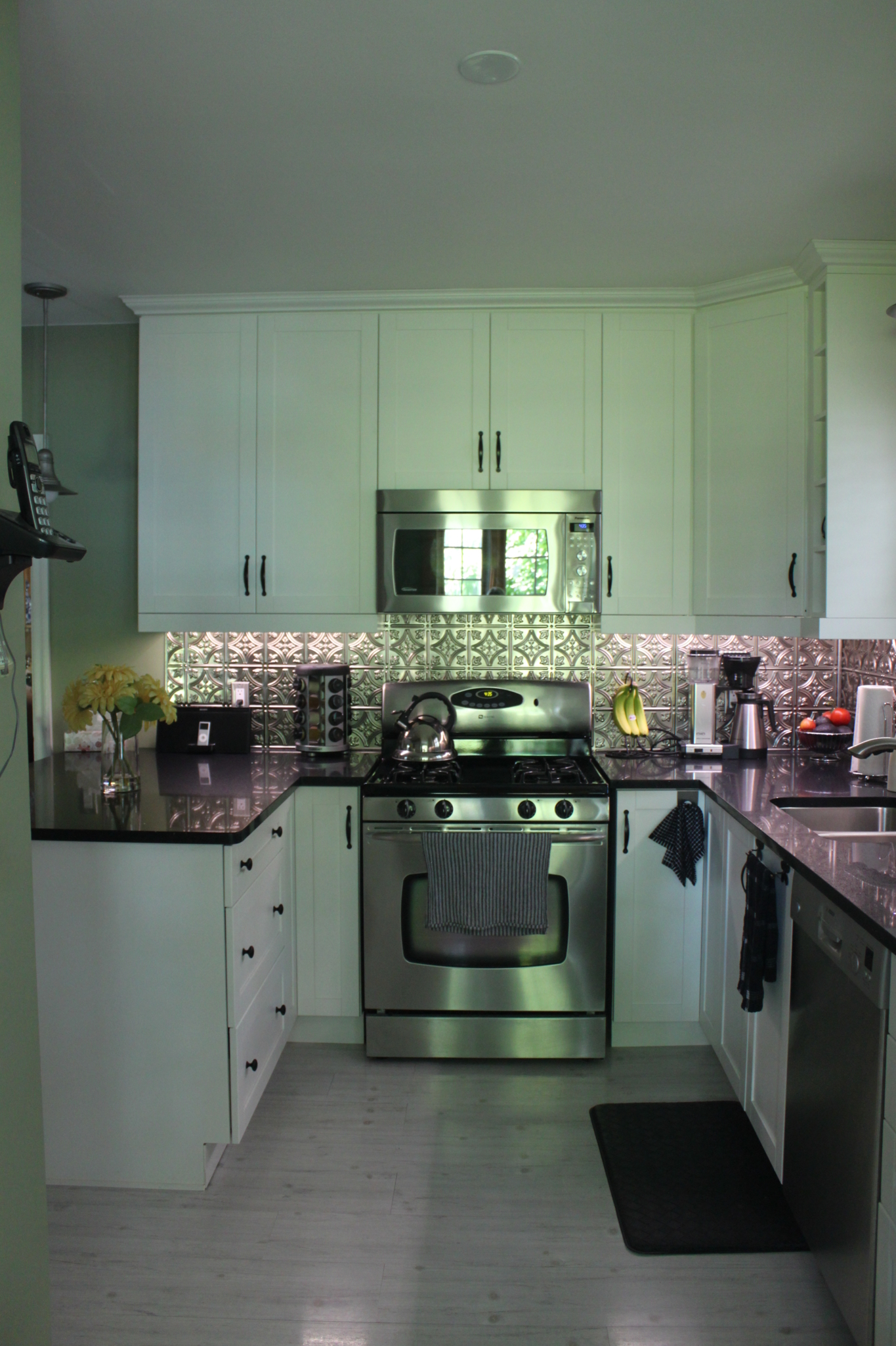 Phoenix cabinetry millwork st catharines on ourbis for Cabinex kitchen designs st catharines