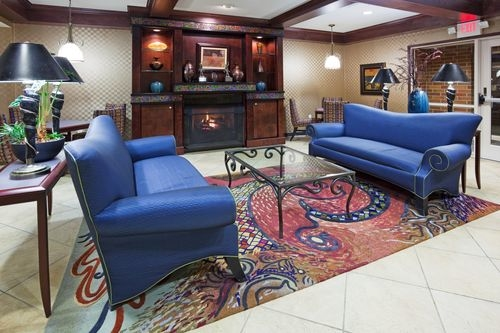 Holiday Inn Conference Ctr Marshfield - ad image