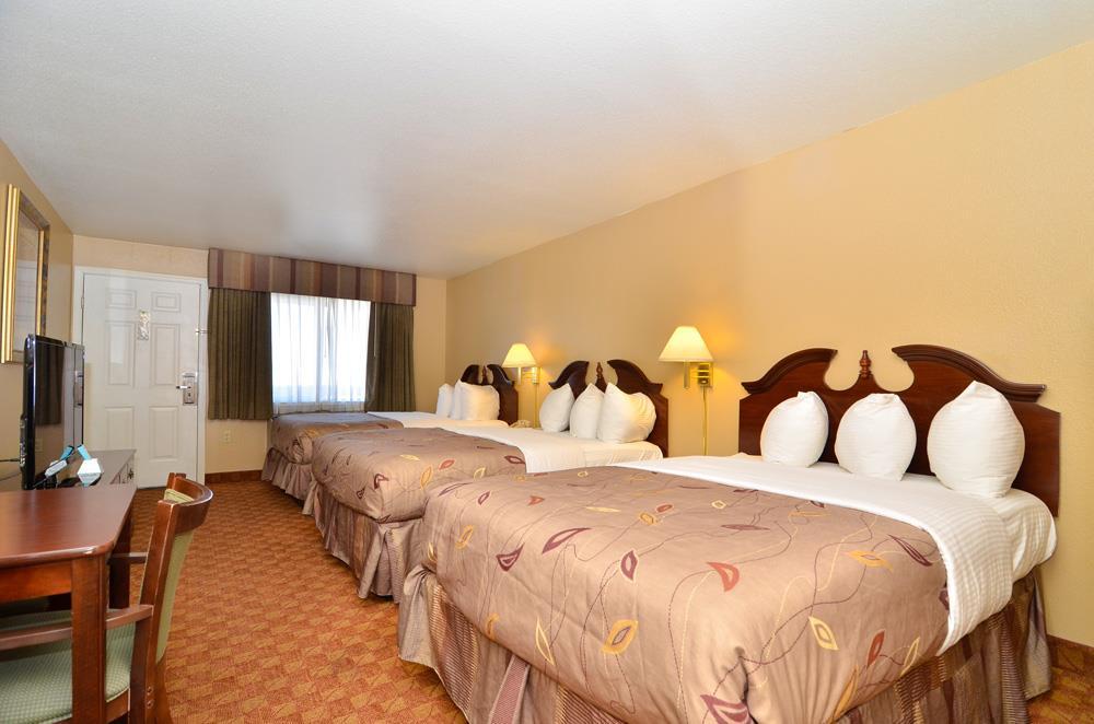 Best Western Fallon Inn & Suites image 48
