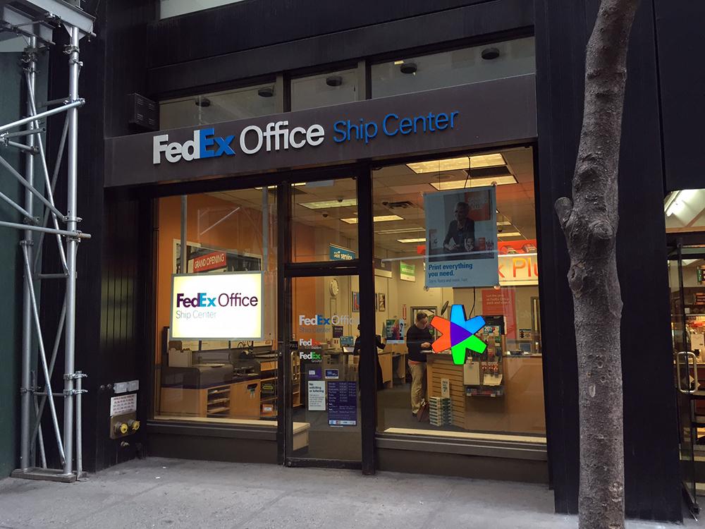 FedEx Office Ship Center image 0