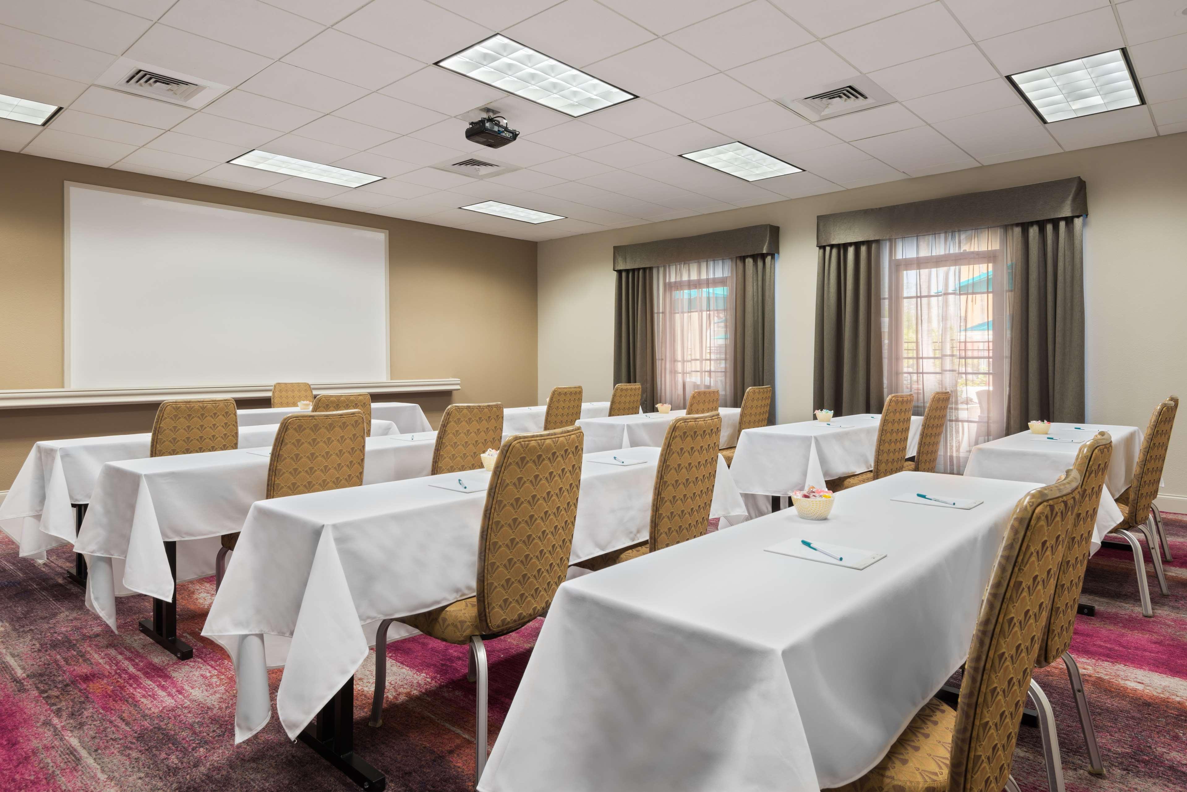 Homewood Suites by Hilton Orlando-UCF Area image 30