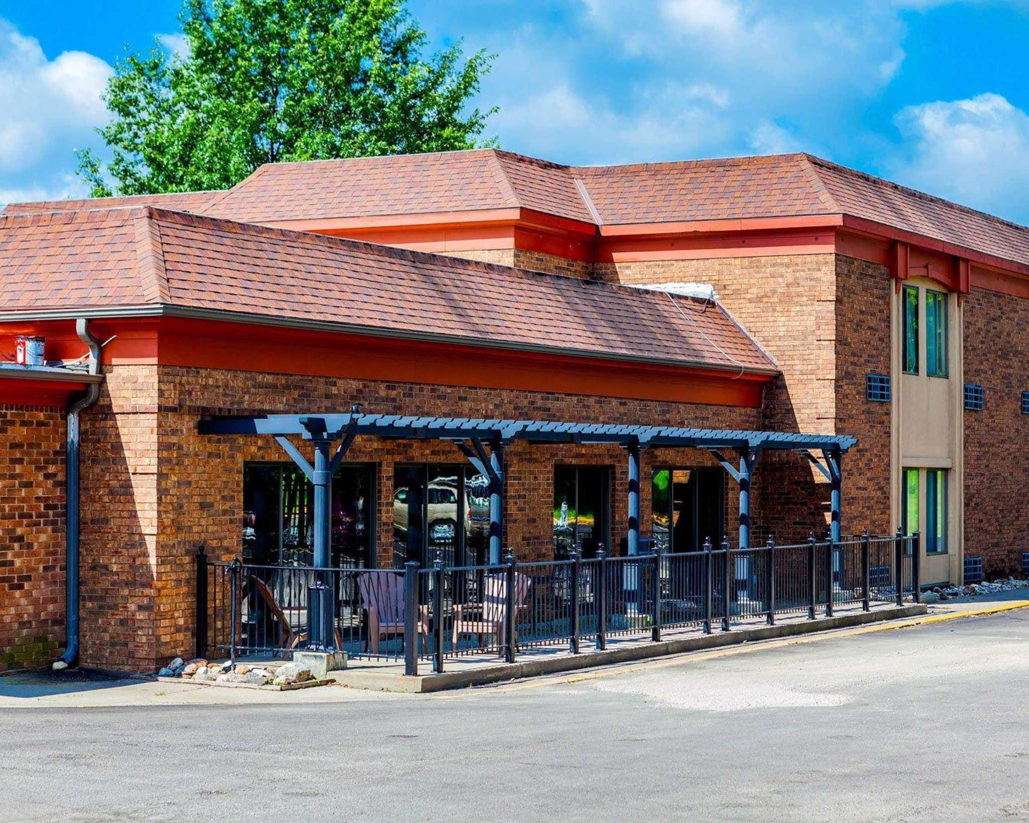 Quality Inn  U0026 Suites Kansas City Airport North In Platte City  Mo