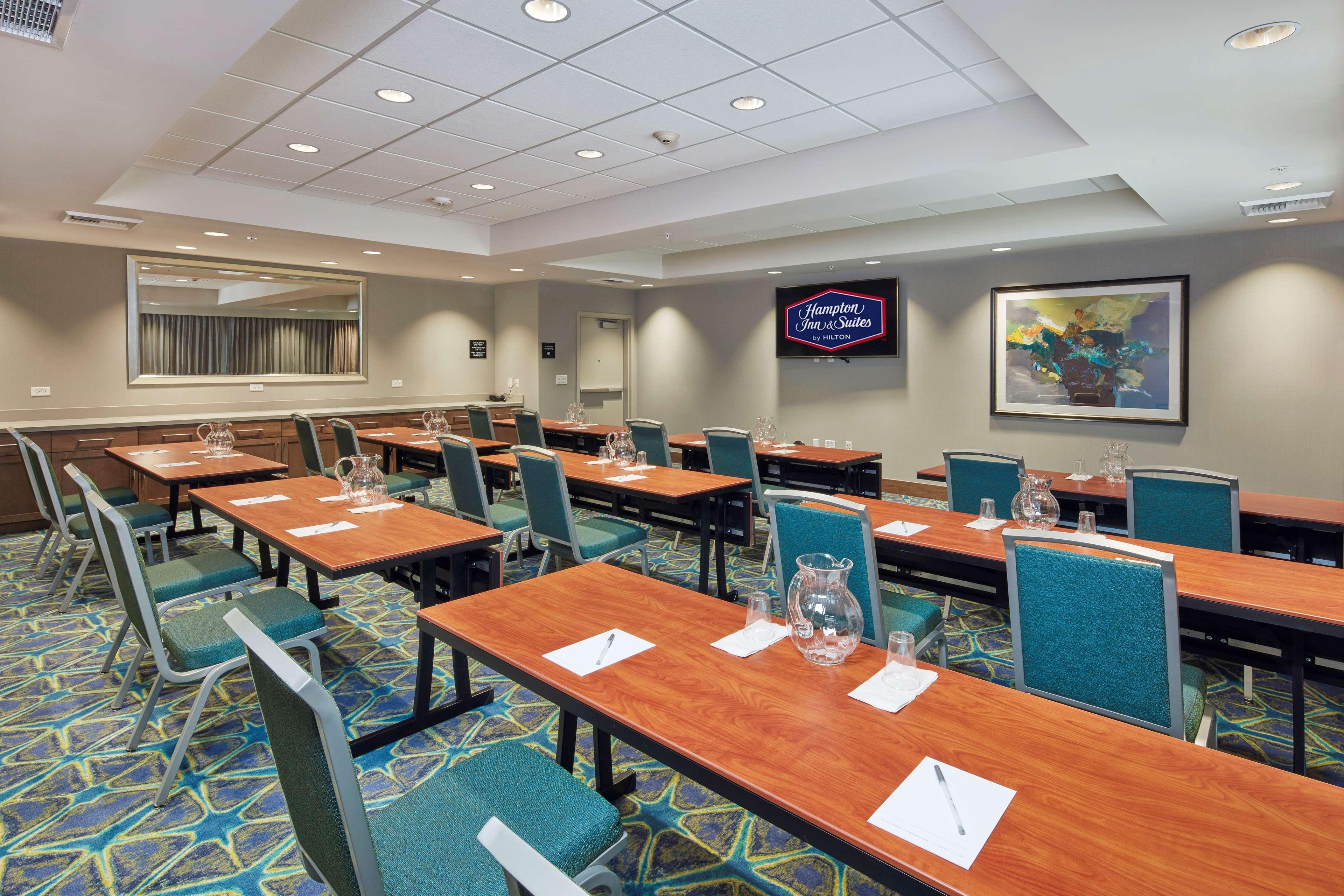 Hampton Inn & Suites Sacramento at CSUS image 48