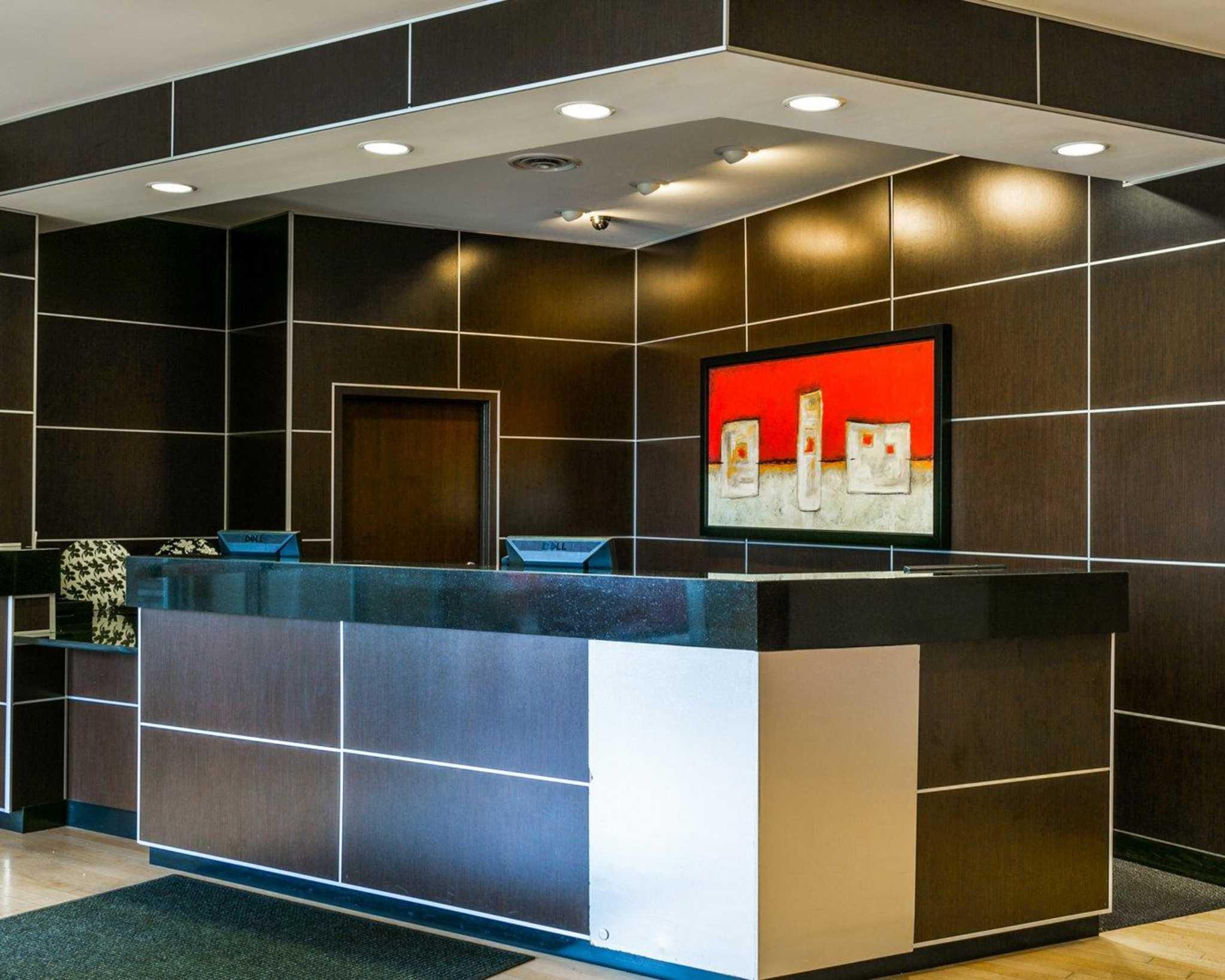 Cambria Hotel Denver International Airport image 28