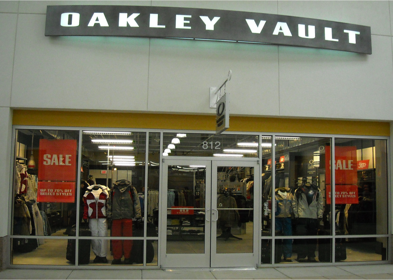 official oakley outlet  the official oakley outlet store: the oakley vault at jersey shore premium outlets. shop oakley sunglasses, goggles, apparel, and more up to 50% off at