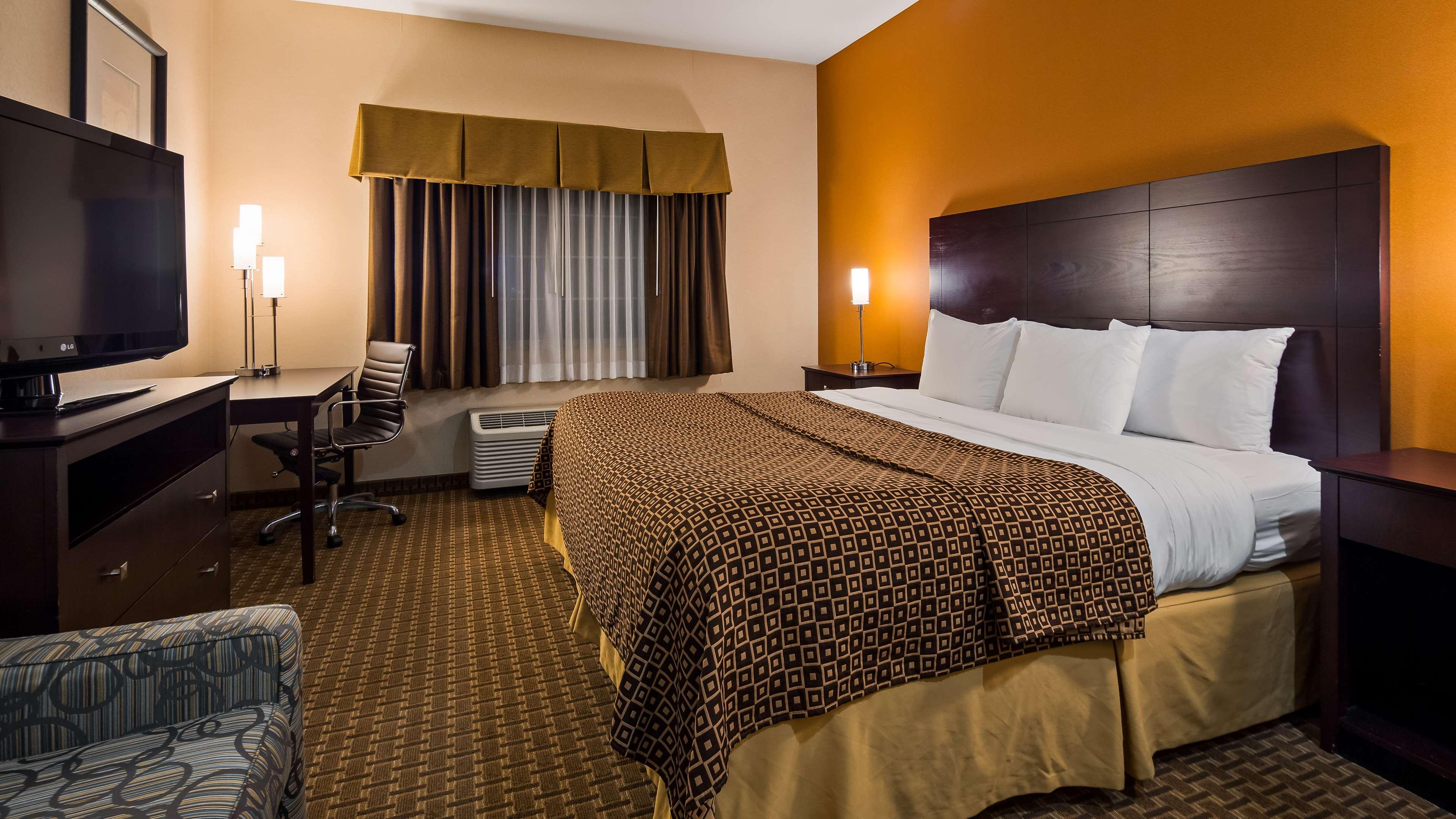 Best Western Concord Inn & Suites image 14