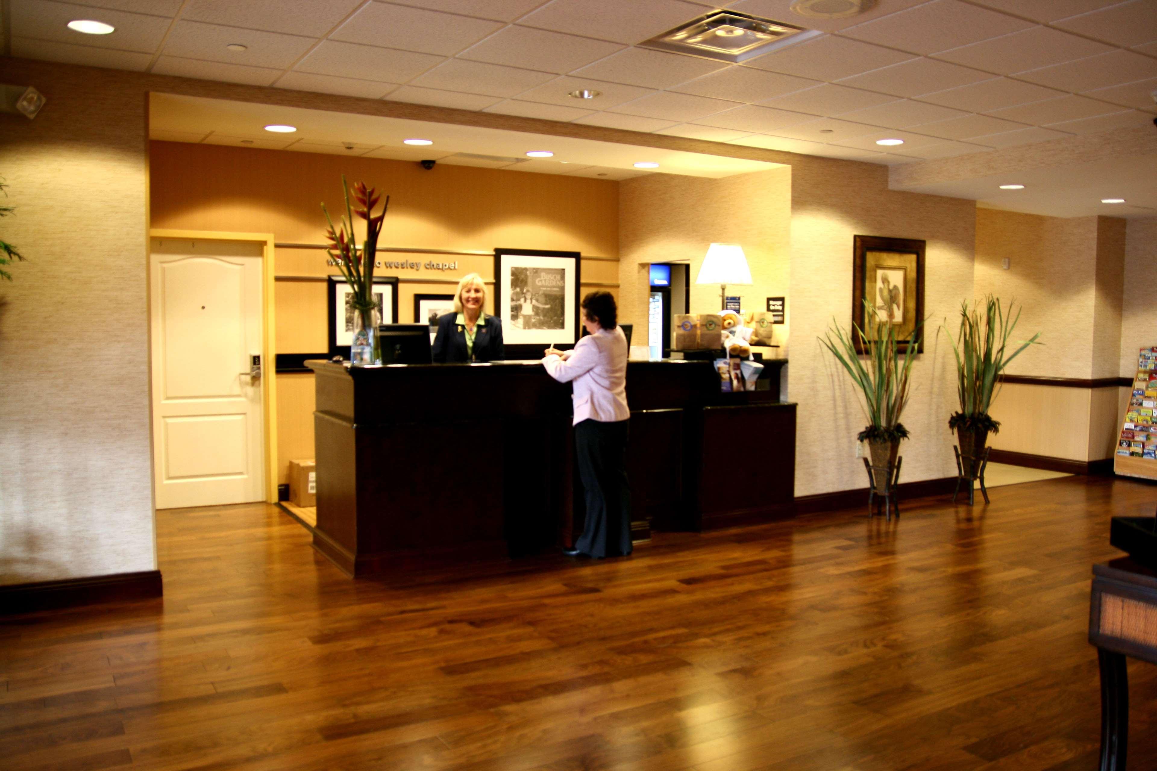 Hampton Inn & Suites Tampa-Wesley Chapel image 6