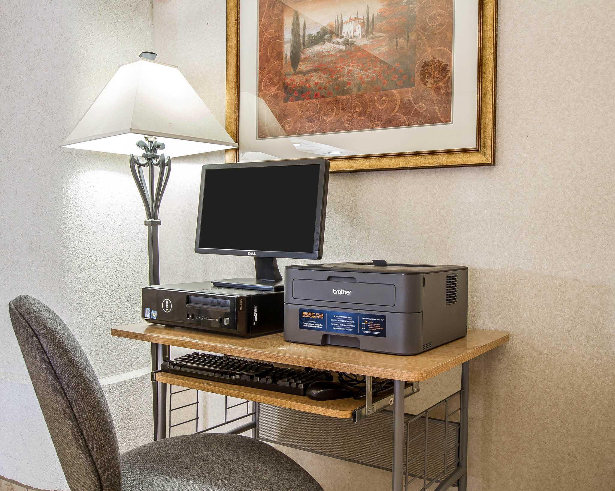 Comfort Suites Peoria Sports Complex image 23