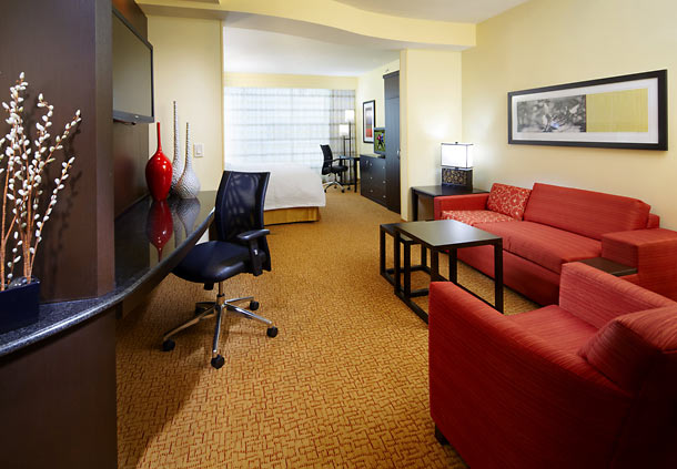 Courtyard by Marriott Cleveland University Circle image 7