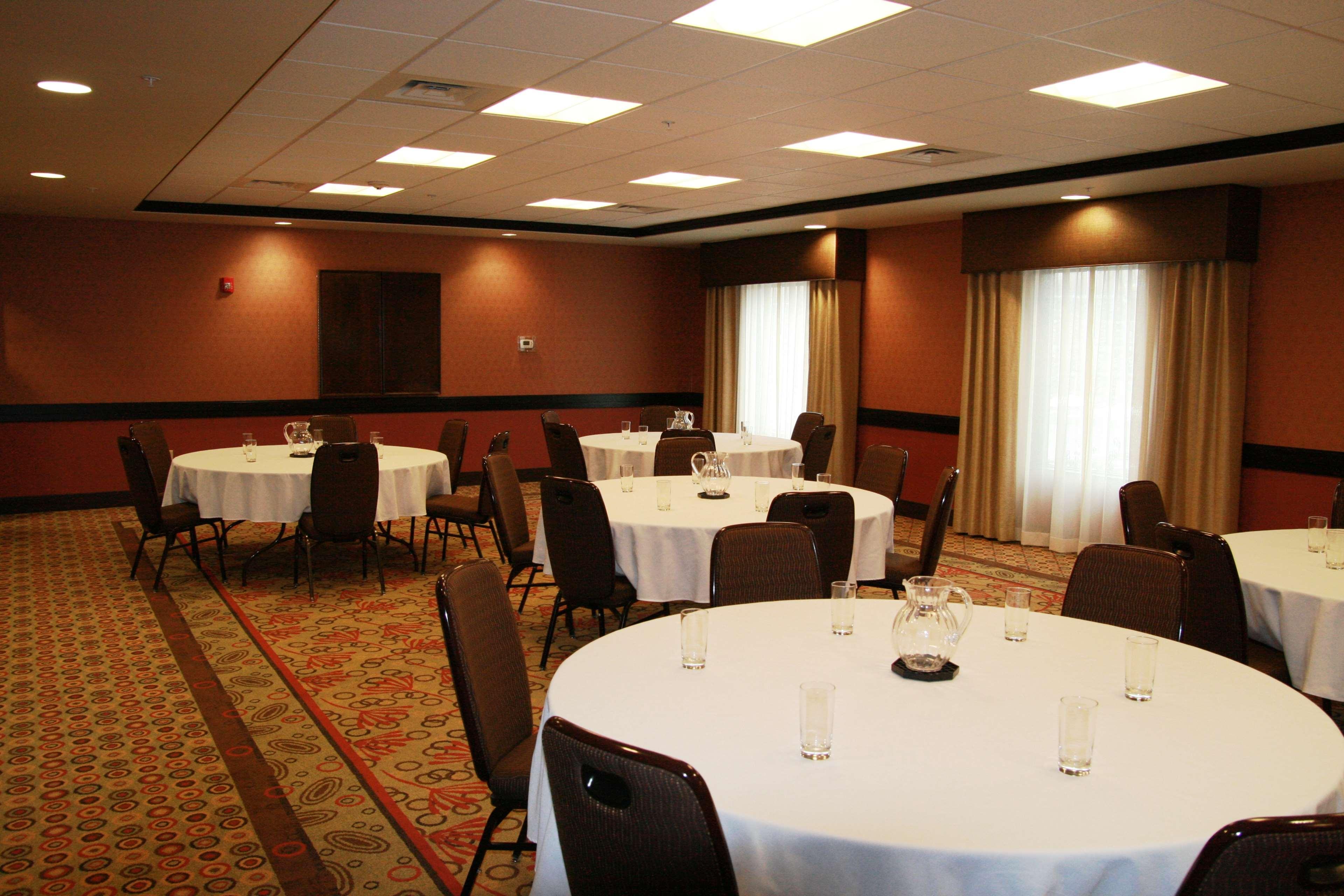 Hampton Inn & Suites Spokane Valley image 35