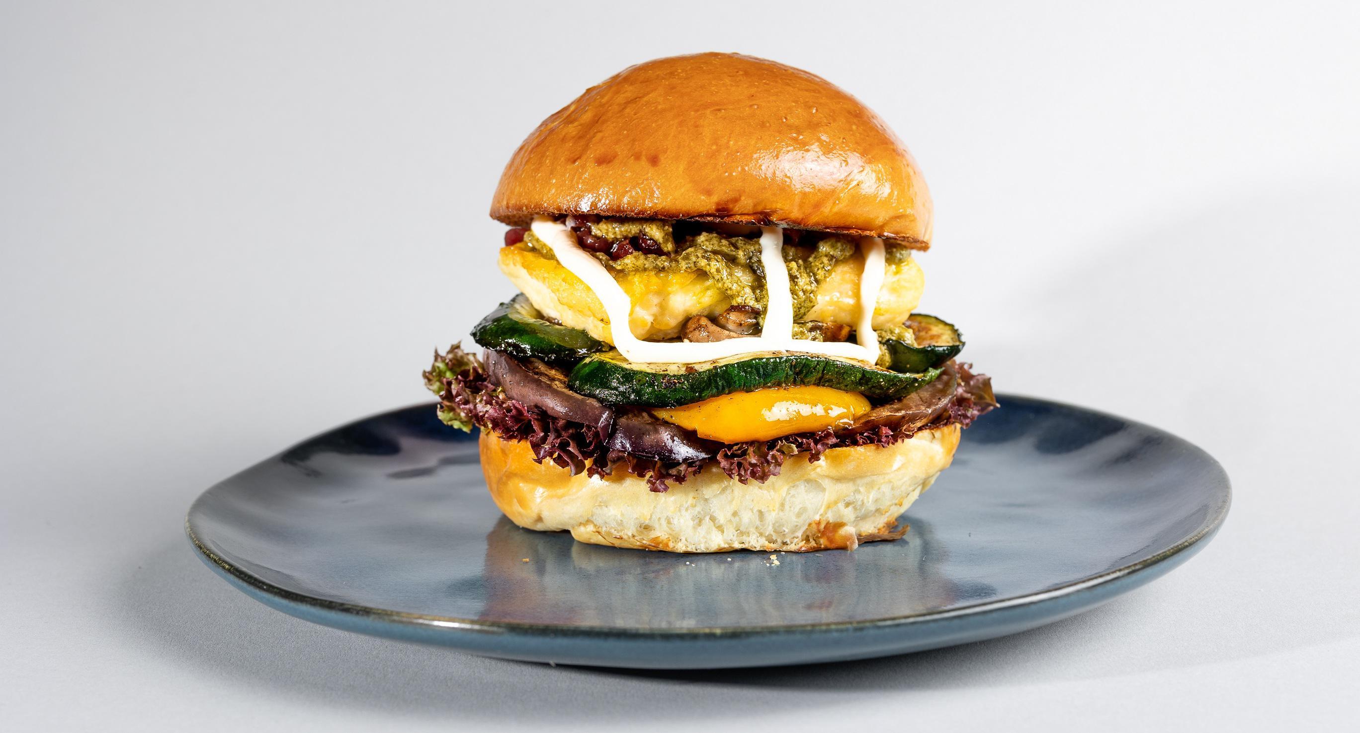 Halloumy Veggie Burger