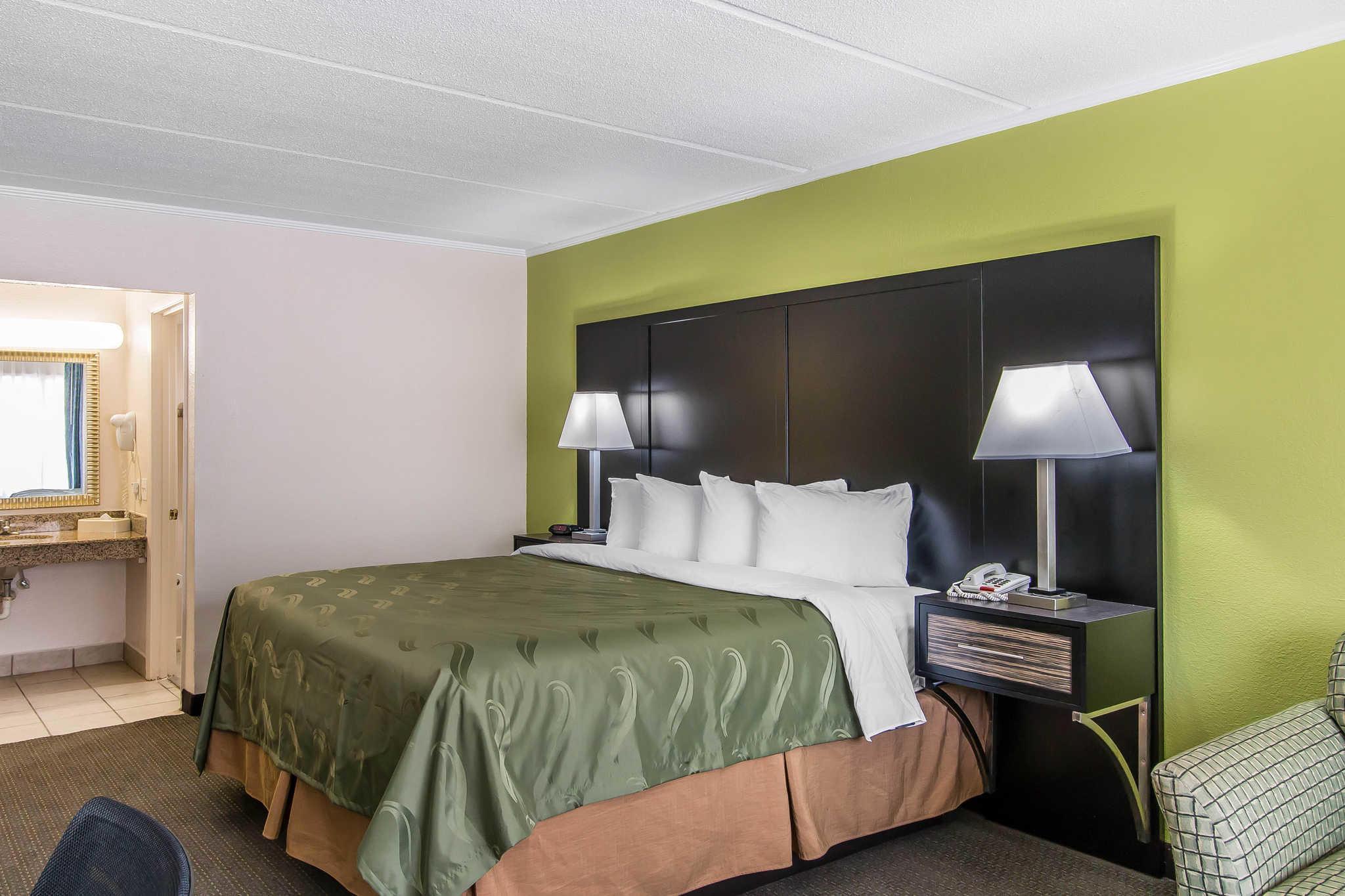 Quality Inn Hinesville - Fort Stewart Area image 12