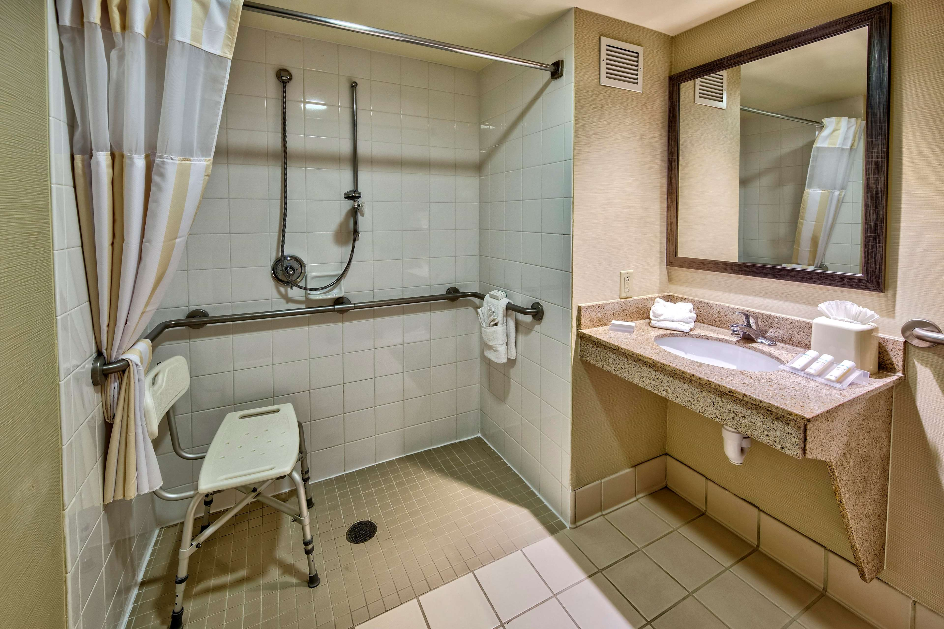 Hilton Garden Inn Houston/Bush Intercontinental Airport image 17